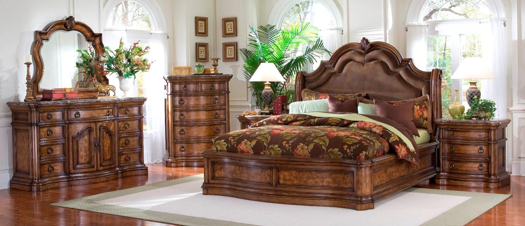 San mateo sleigh bedroom set from pulaski 662170 662171 - King size bedroom sets for sale by owner ...