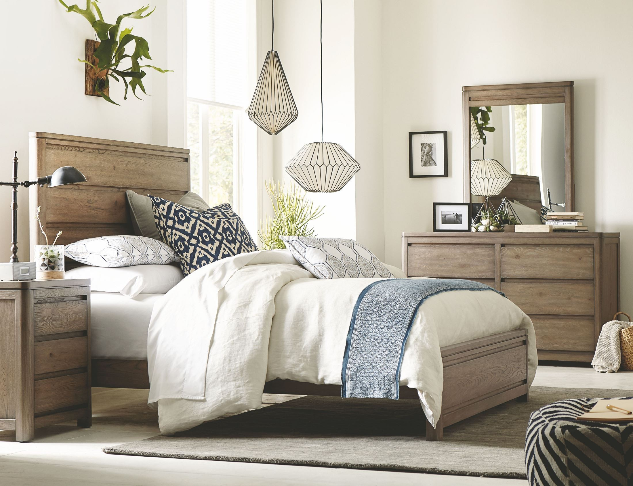 Big Sky By Wendy Bellissimo Weathered Oak Panel Bedroom