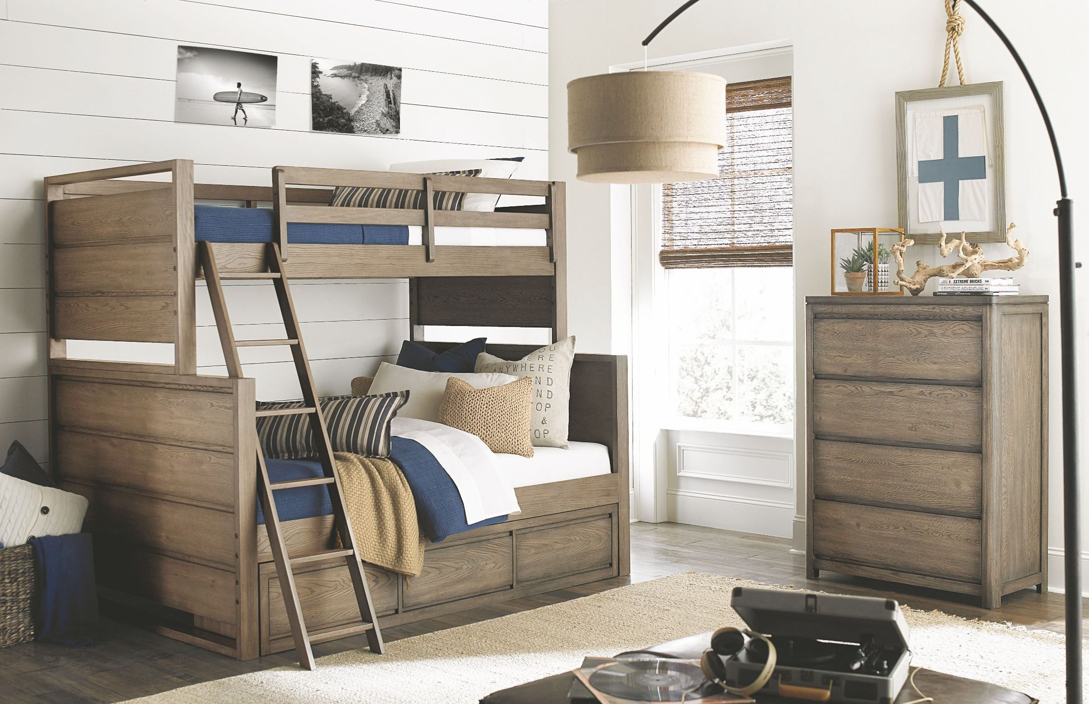 Big Sky by Wendy Bellissimo Weathered Oak Twin over Full Bunk Bed ...