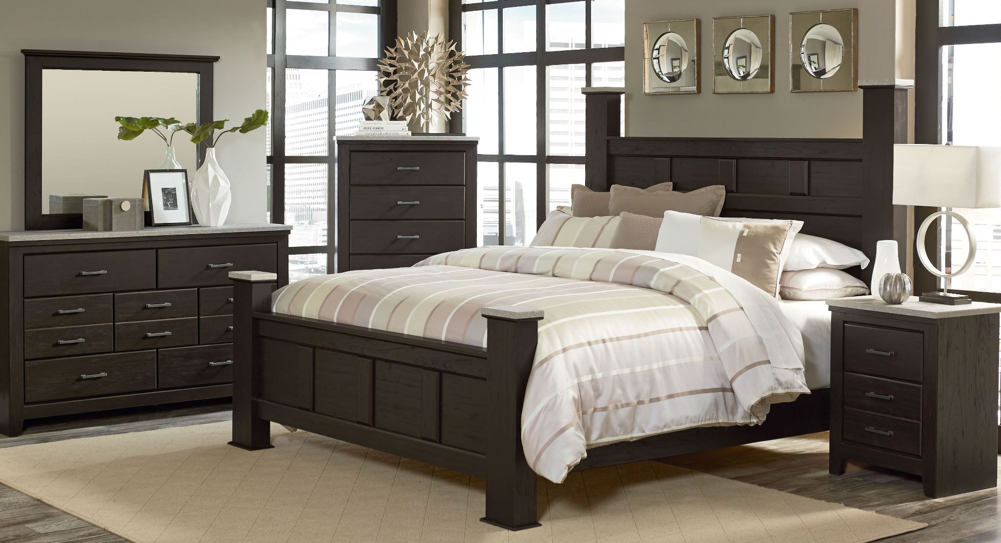 stonehill dark brown pecan poster bedroom set from standard furniture coleman furniture. Black Bedroom Furniture Sets. Home Design Ideas