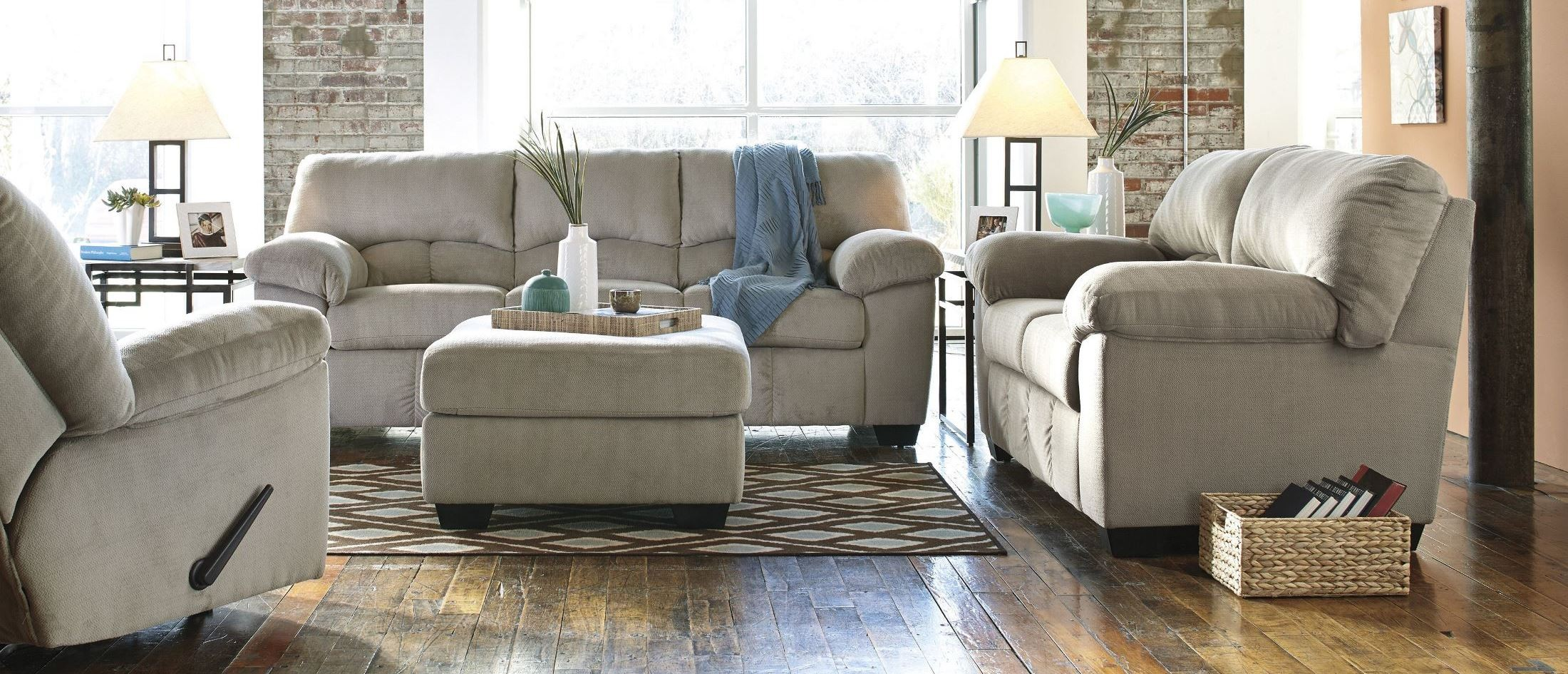 Dailey Alloy Living Room Set From Ashley 9540138