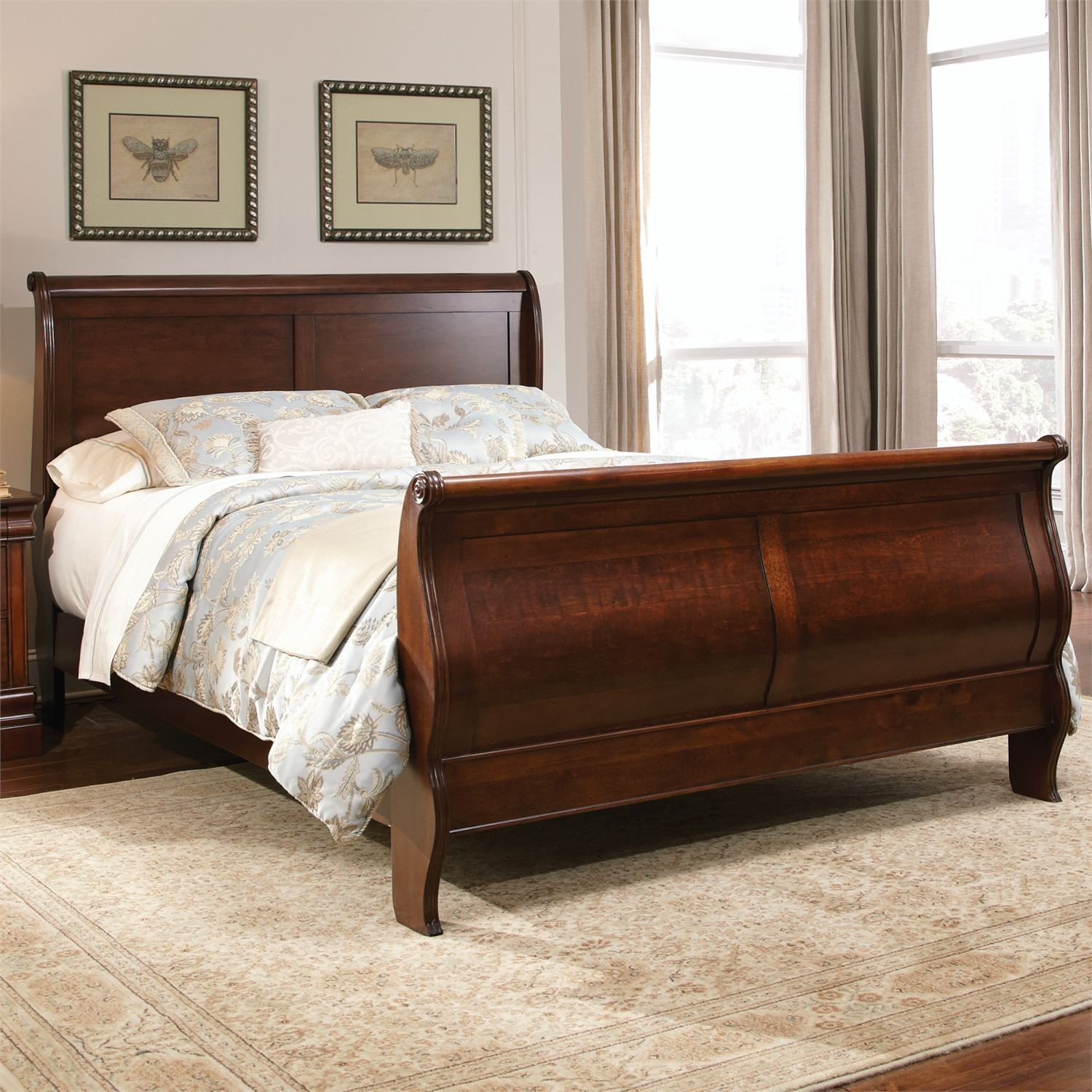 Luxury Sleigh Beds