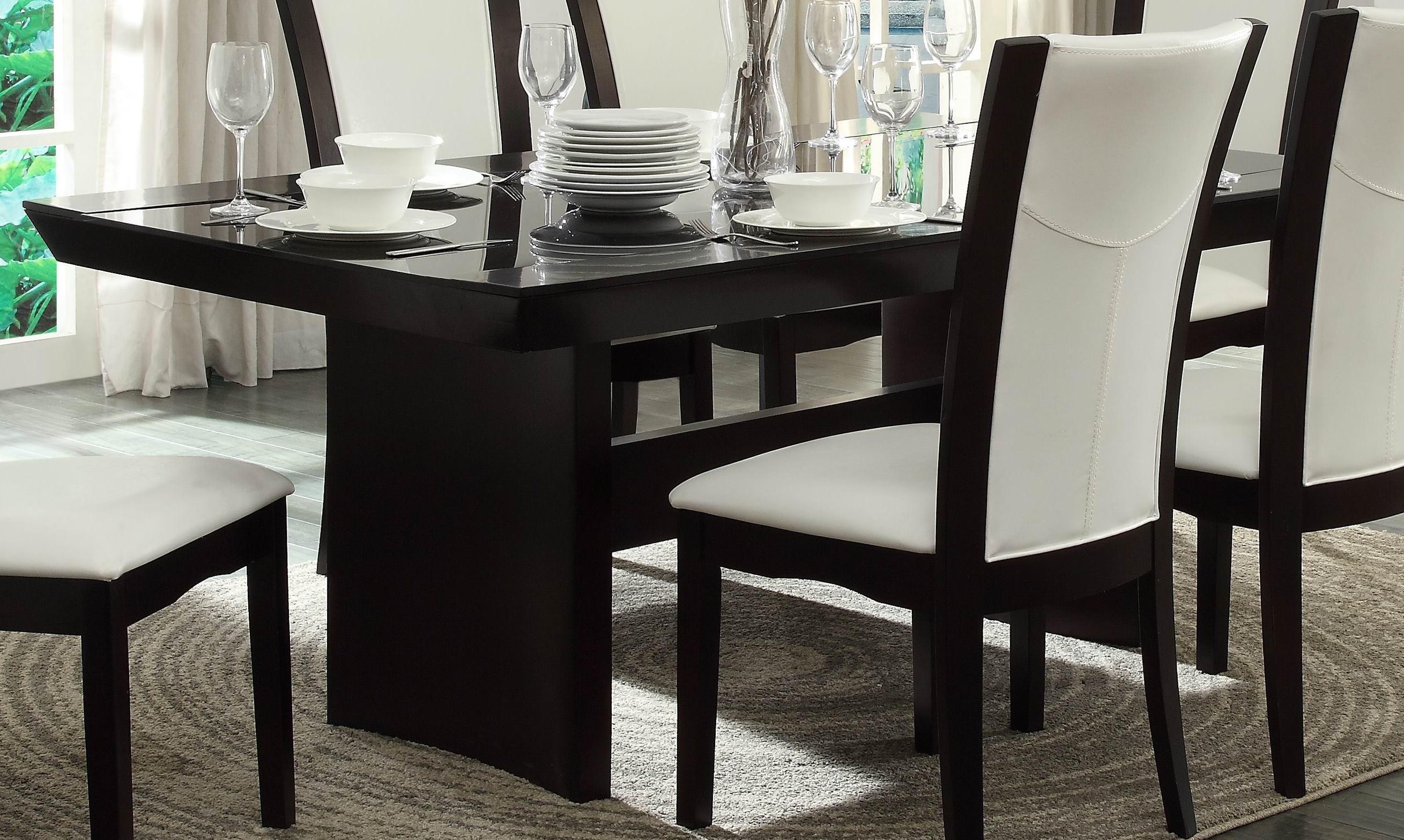 Daisy Glass Insert Top Dining Table From Homelegance 710