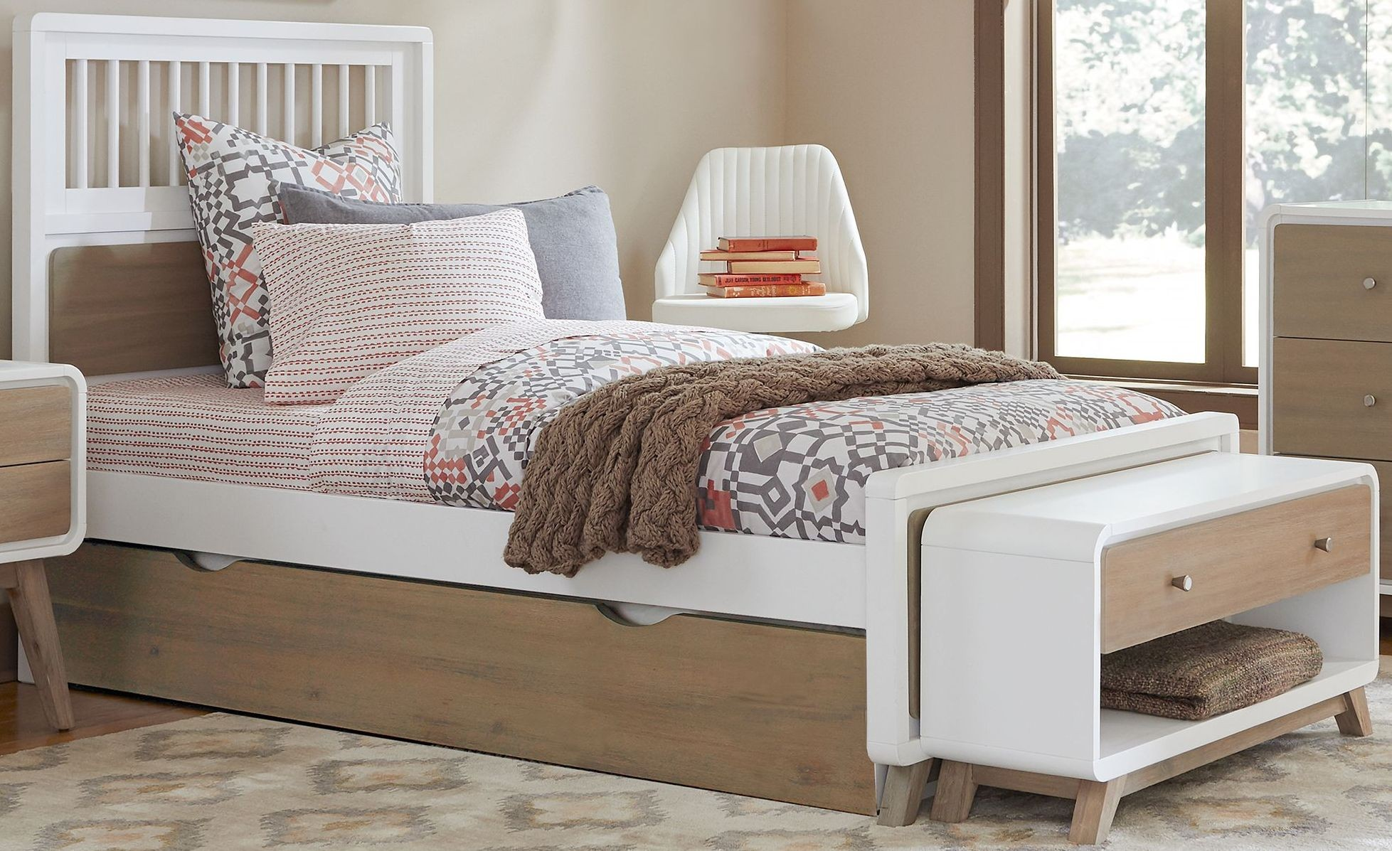 East end taupe and white spindle twin panel bed with trundle from ne kids coleman furniture White twin trundle bedroom set