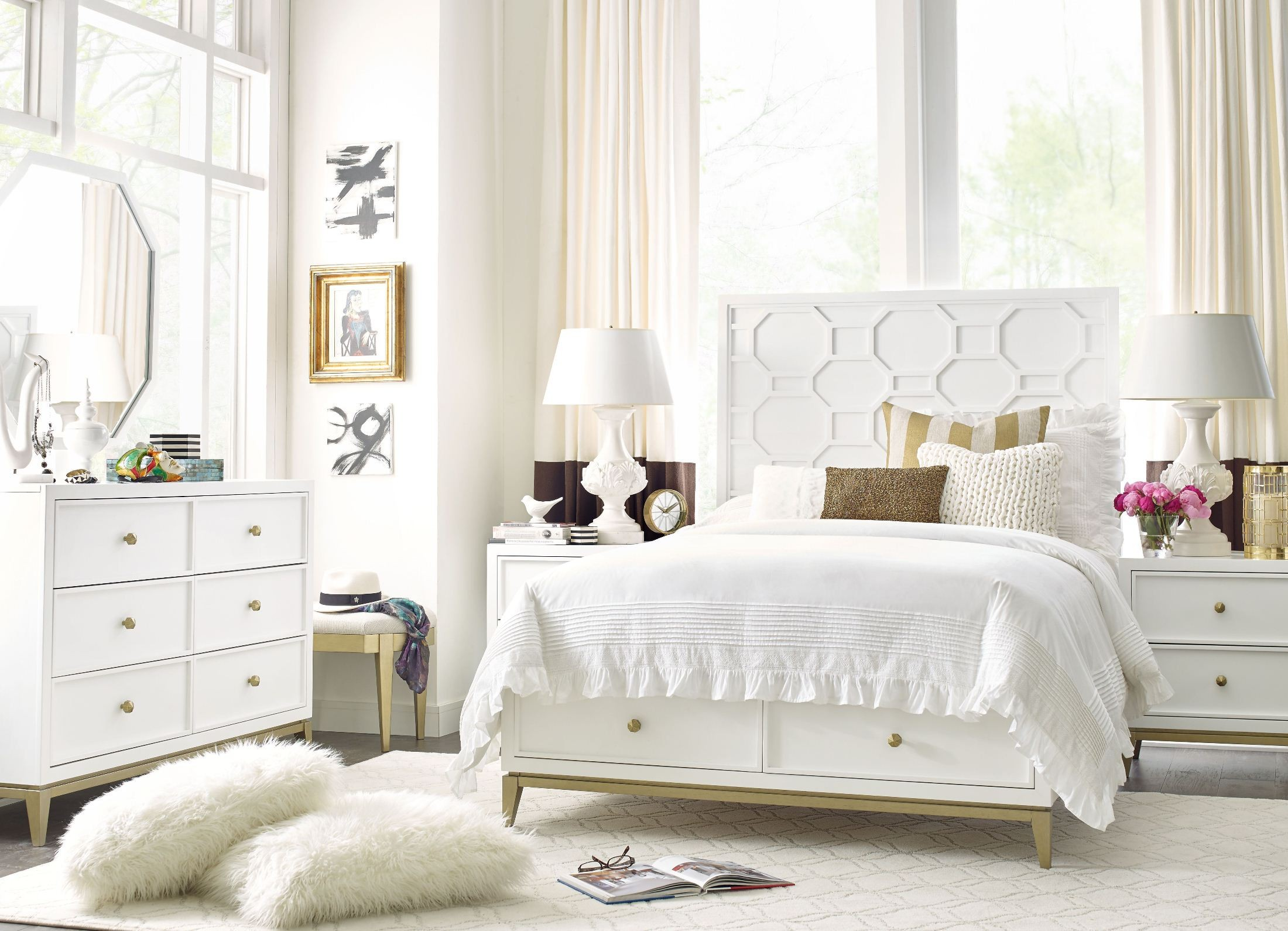 uptown white and gold youth panel bedroom set from rachael ray home coleman furniture. Black Bedroom Furniture Sets. Home Design Ideas