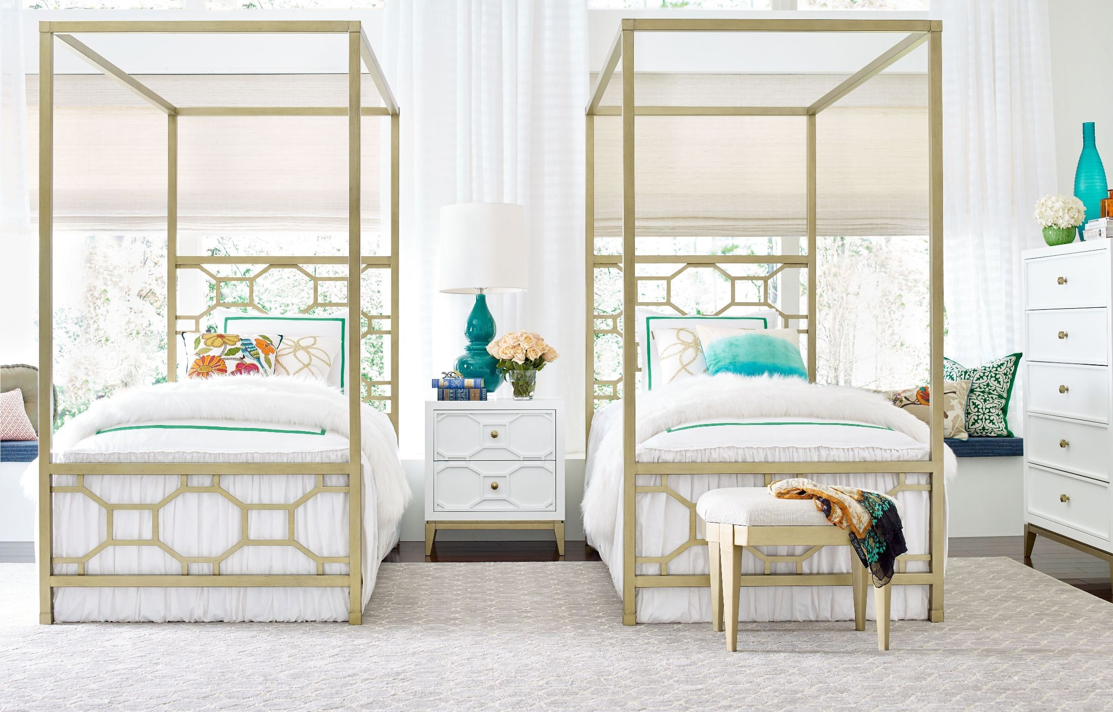 Uptown White And Gold Youth Metal Canopy Bedroom Set From