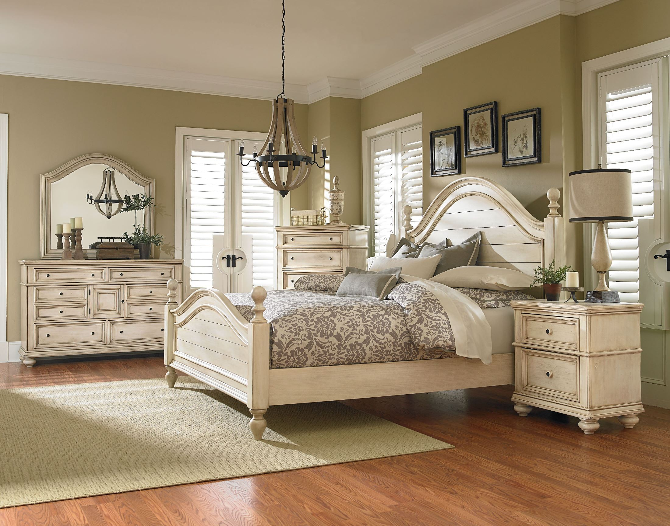 Chateau antique french bisque poster bedroom set from for Decoration maison white