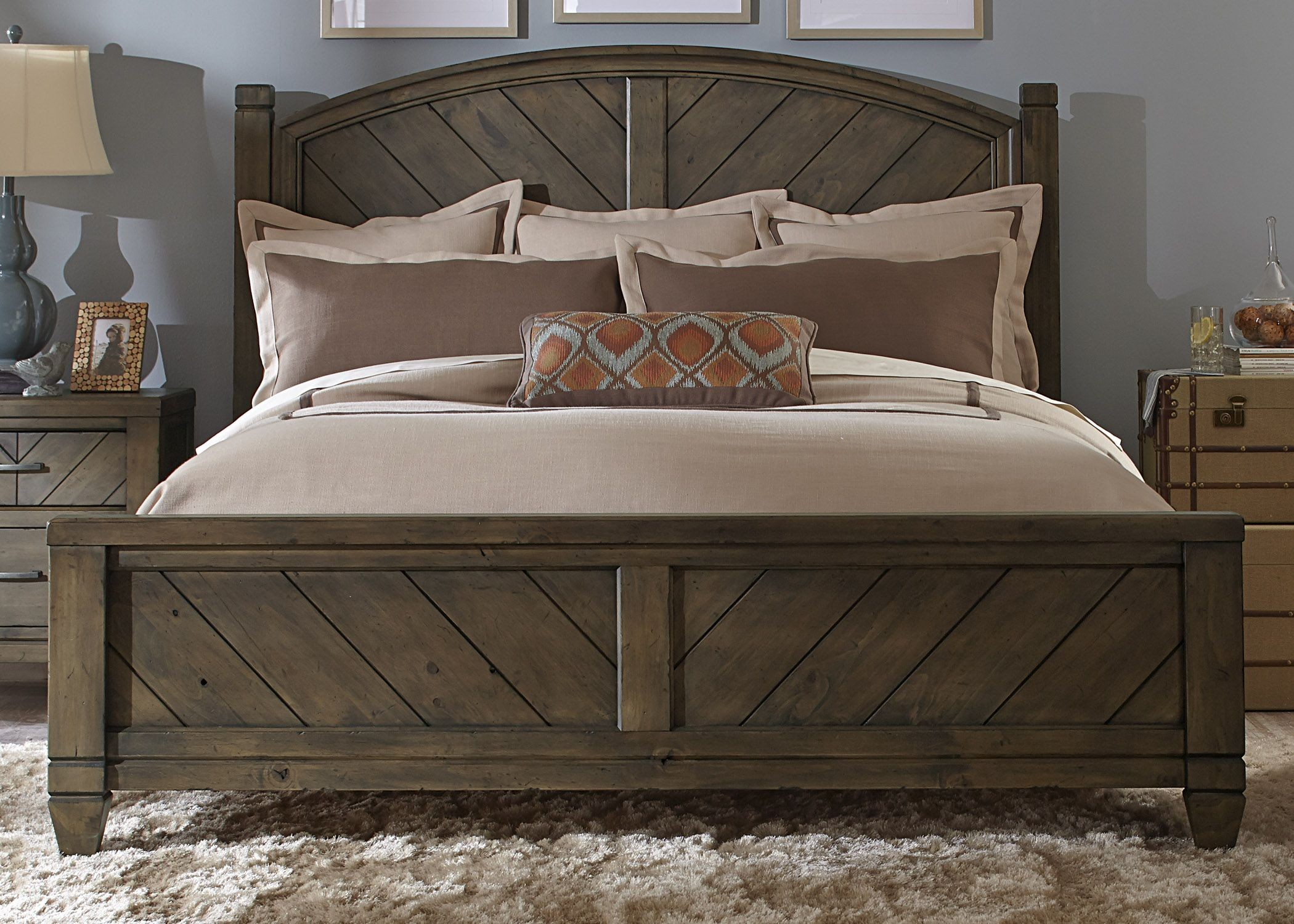 Modern Country King Poster Bed