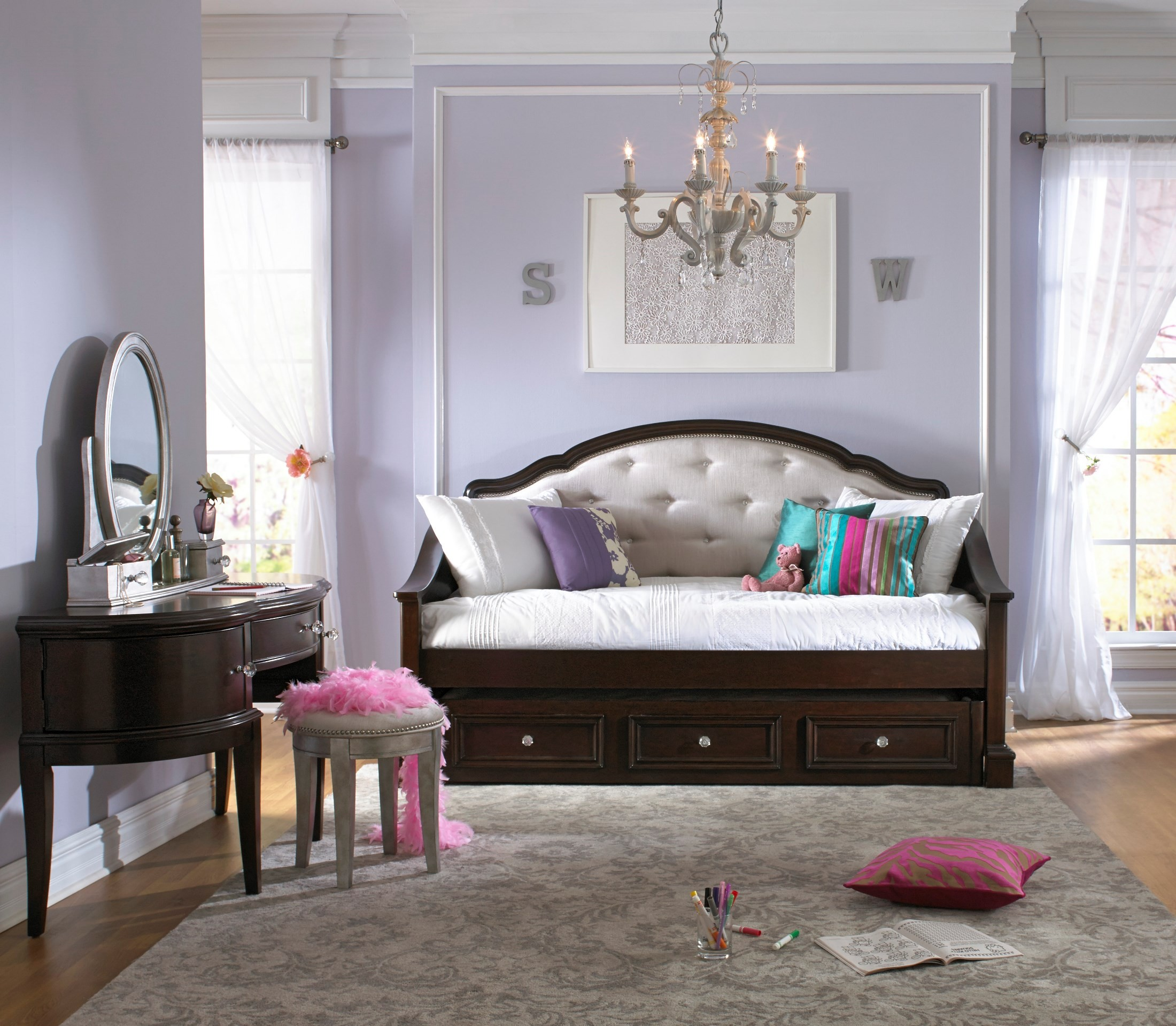 Glamour Day Bed from Samuel Lawrence (8688-750-751) | Coleman ...