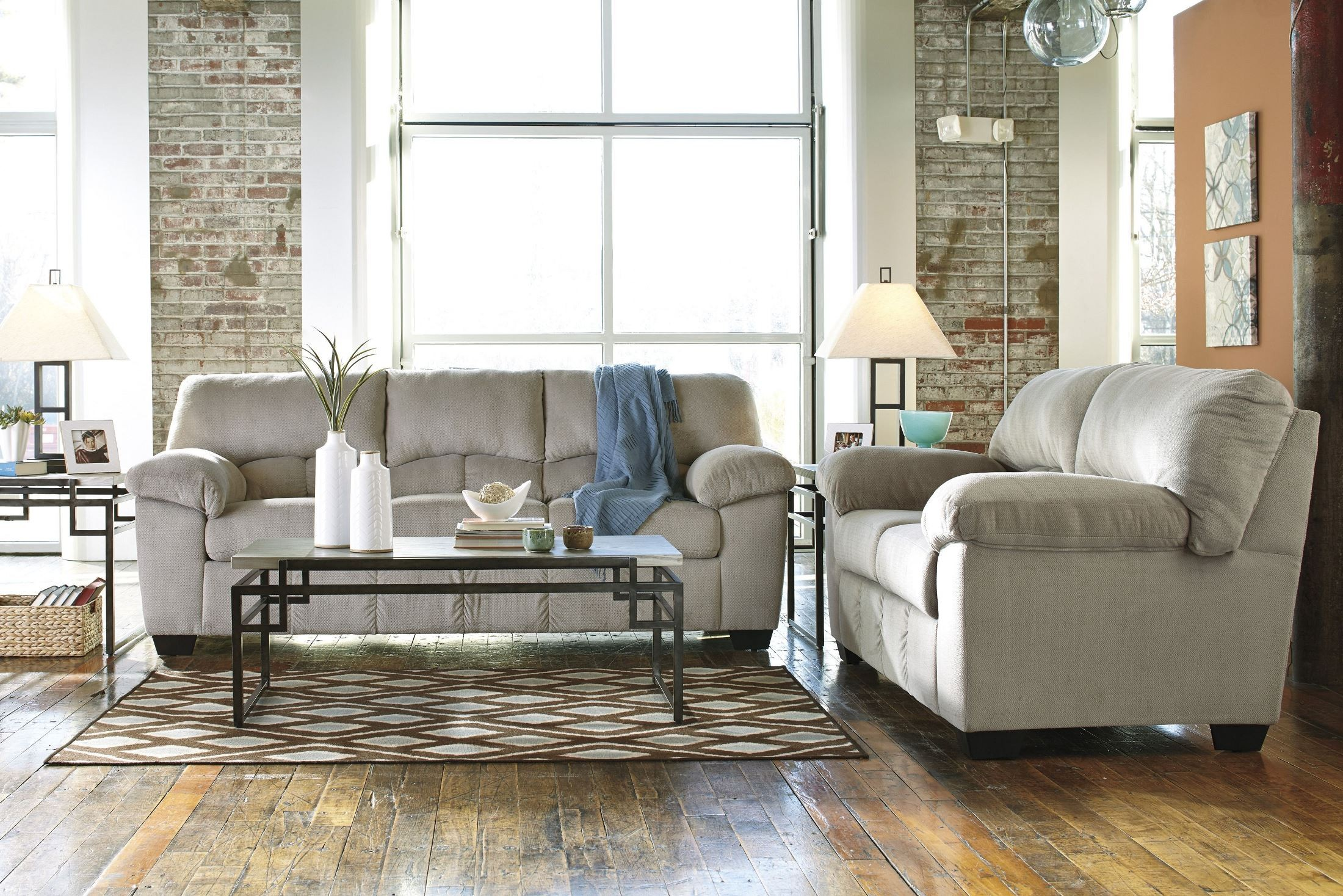 Dailey Alloy Sofa From Ashley 9540138 Coleman Furniture