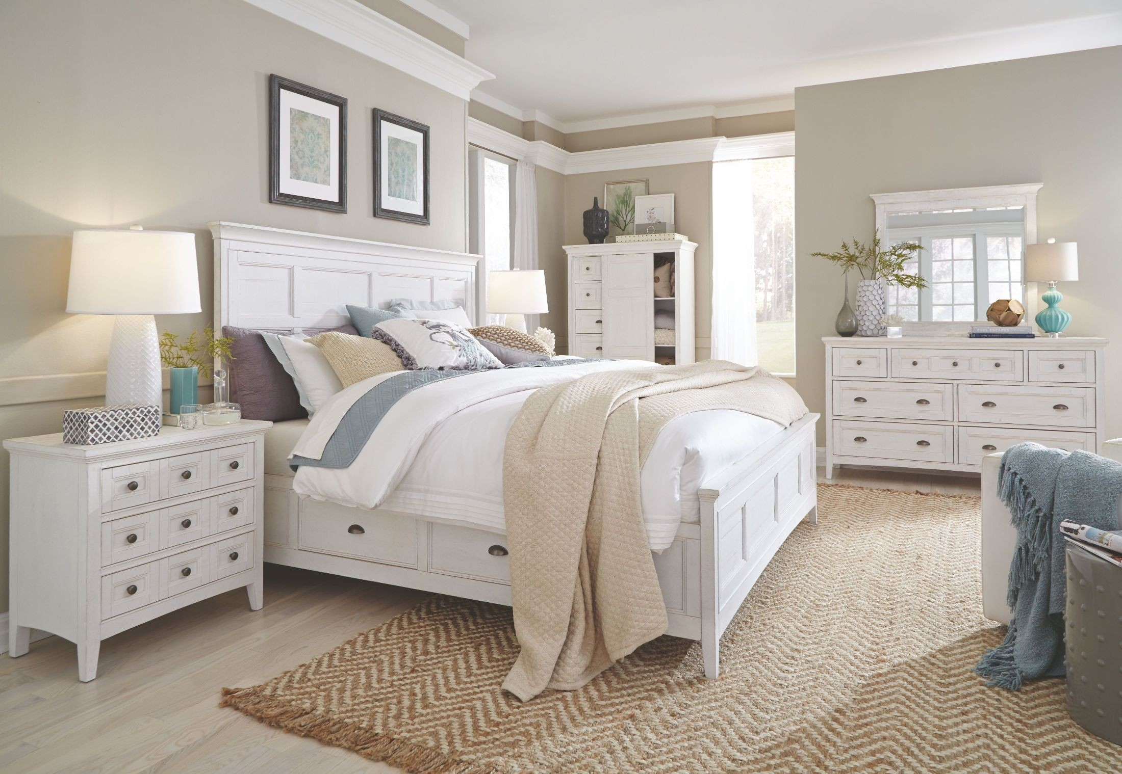 Heron Cove Chalk White King Storage Panel Bed from Magnussen Home