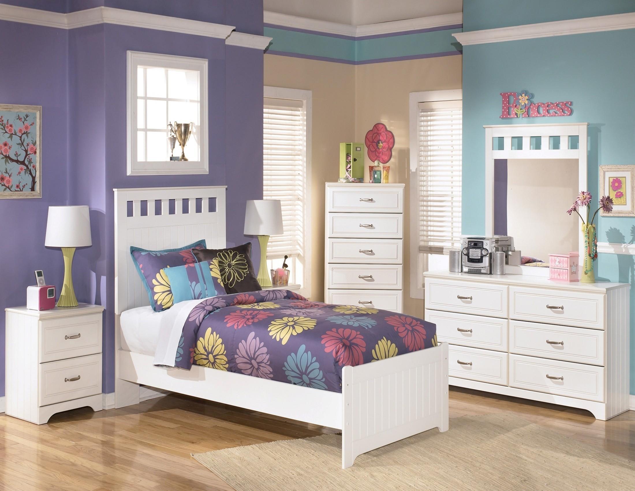 Lulu youth bedroom set from ashley b102 52 51 82 coleman furniture - Juvenile bedroom sets ...