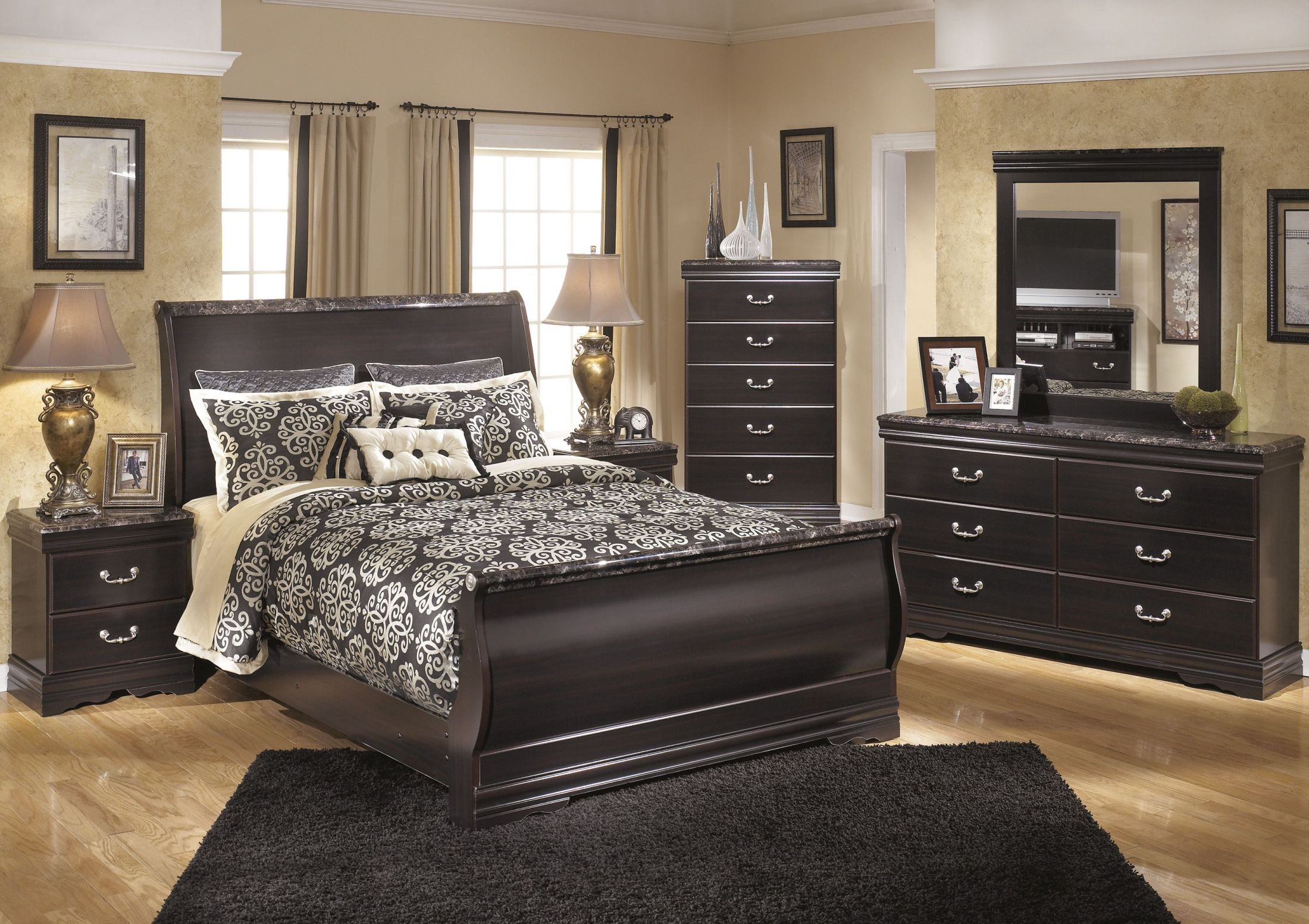 Esmarelda Sleigh Bedroom Set From Ashley B179 77 74 96