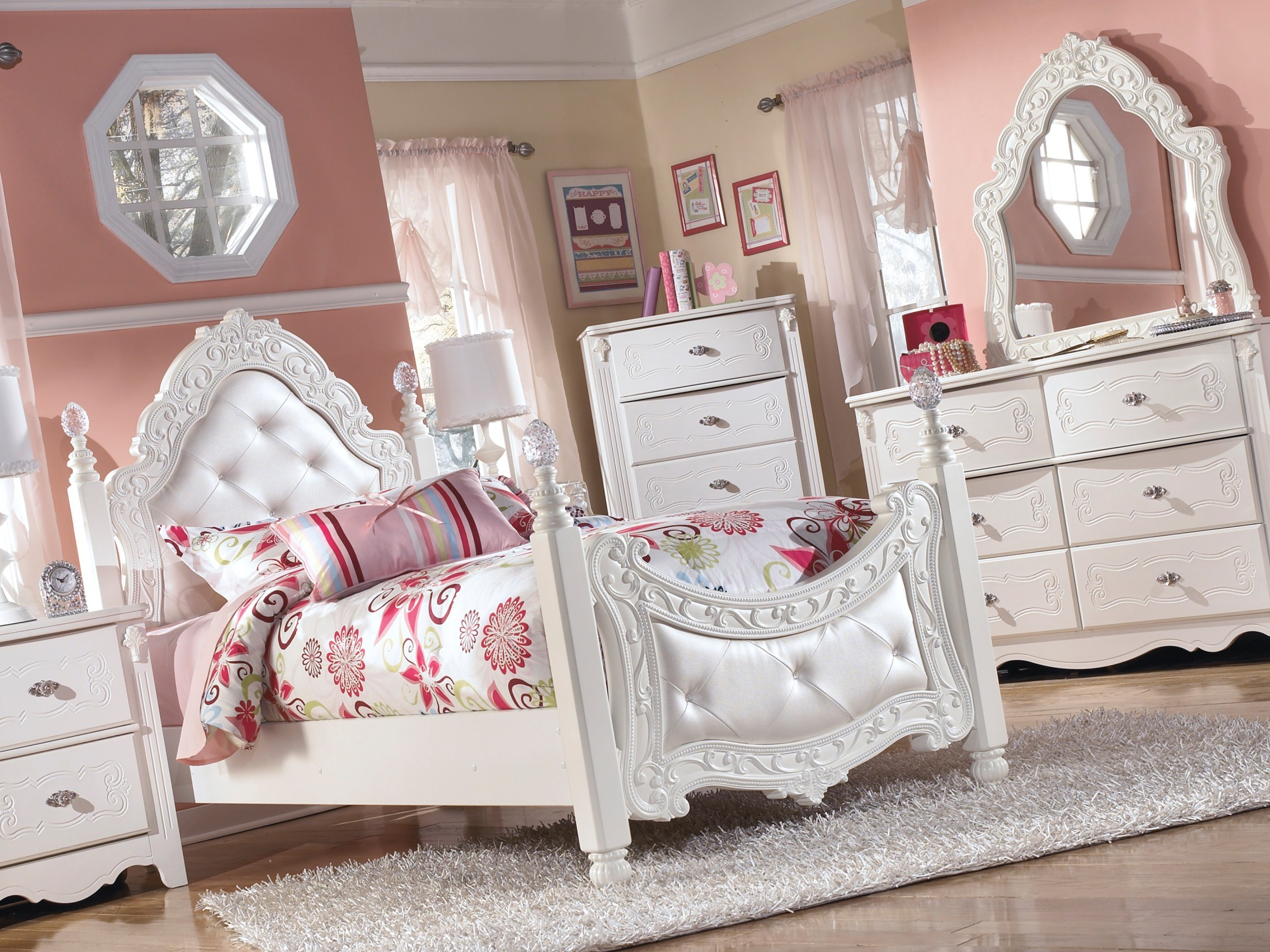 Exquisite Poster Trundle Bedroom Set From Ashley Coleman Furniture