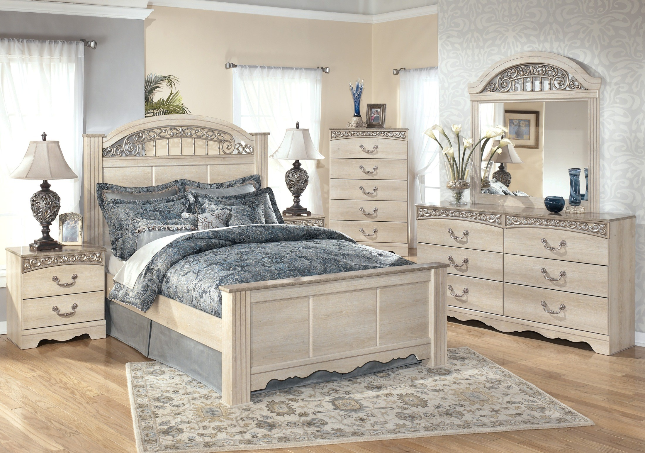 Catalina Poster Bedroom Set from Ashley (B196-67-64-98) | Coleman ...