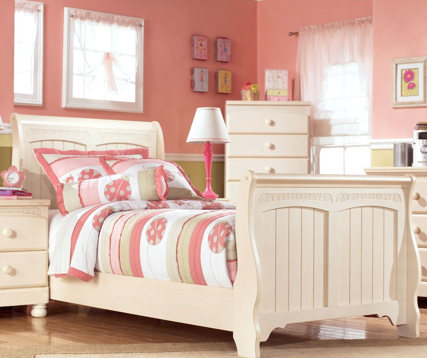 Cottage retreat youth sleigh bedroom set from ashley b213 for Cottage retreat ii bed