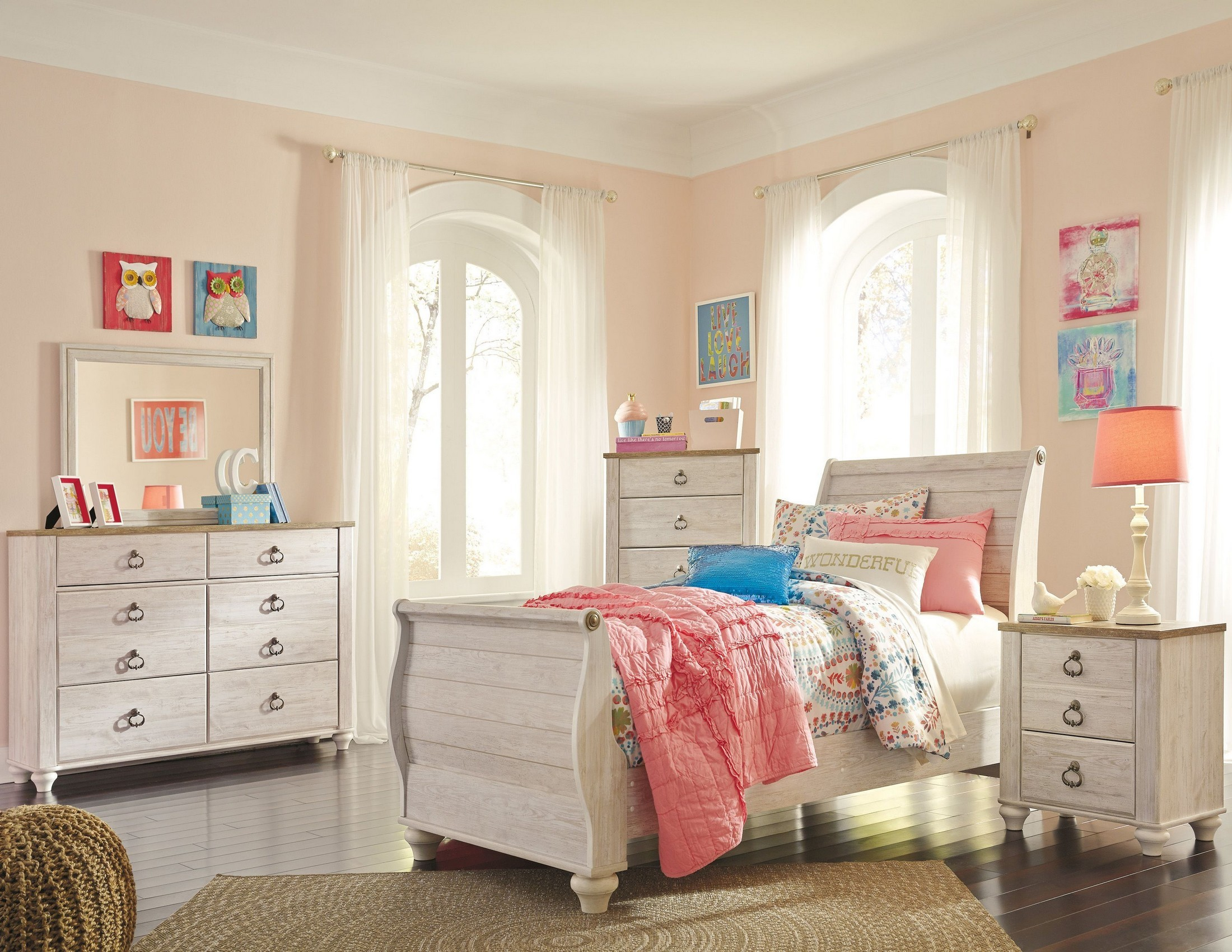 Willowton Whitewash Youth Sleigh Bedroom Set From Ashley