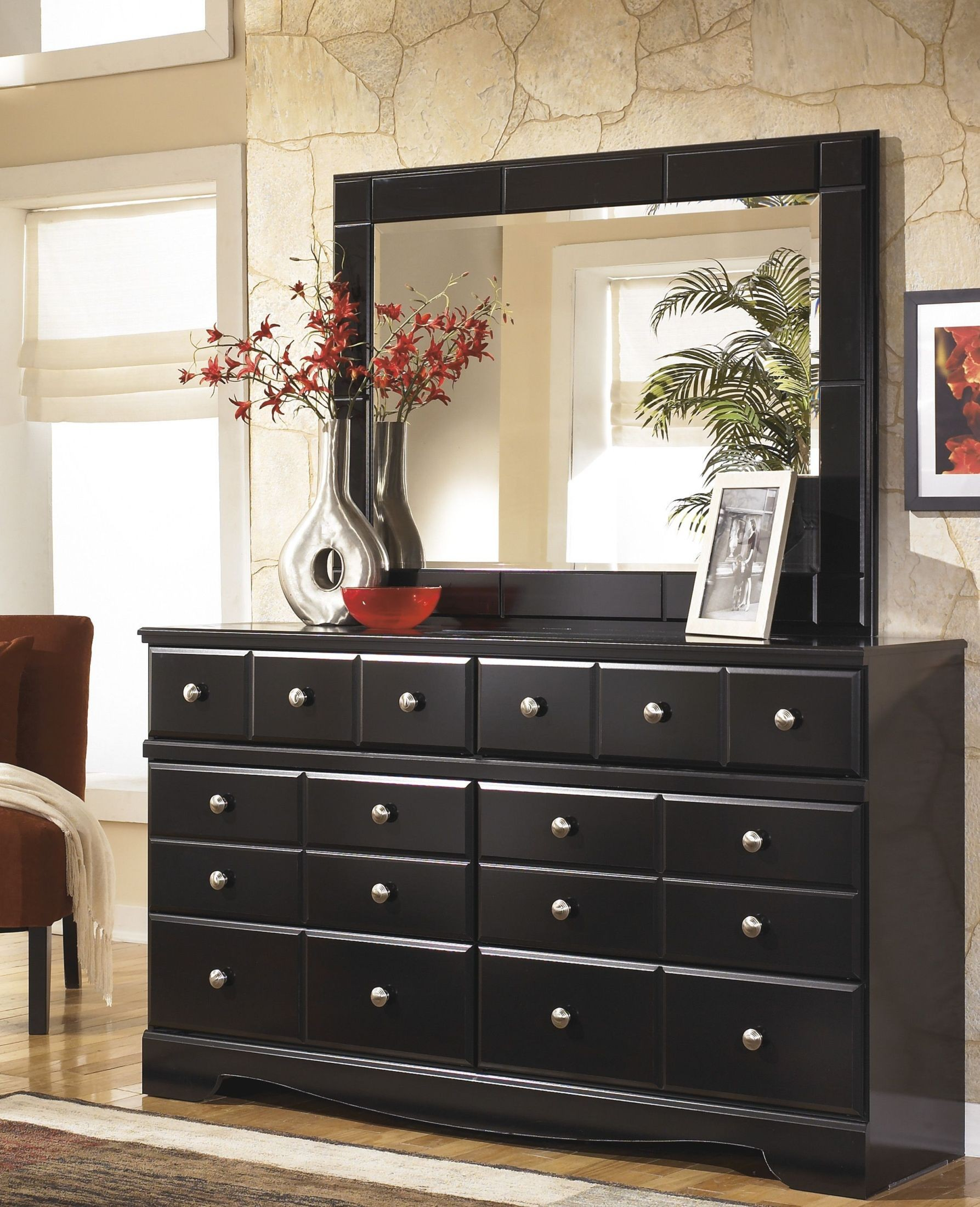 Shay Poster Bedroom Set from Ashley B271 61 64 67 98