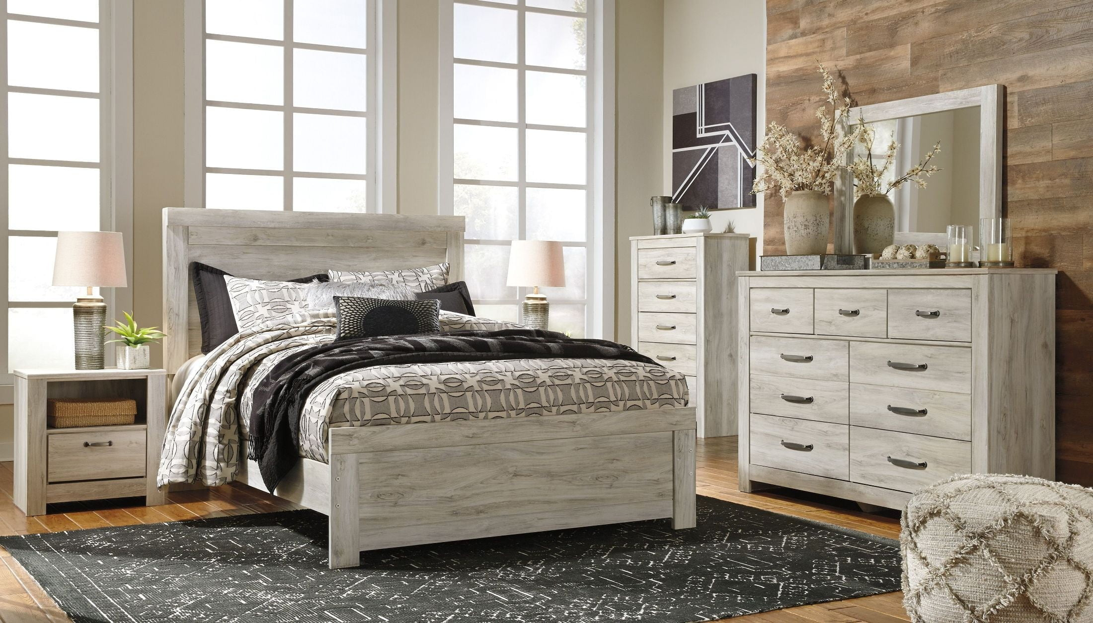 Bellaby white panel bedroom set from ashley coleman - Ashley furniture white bedroom set ...