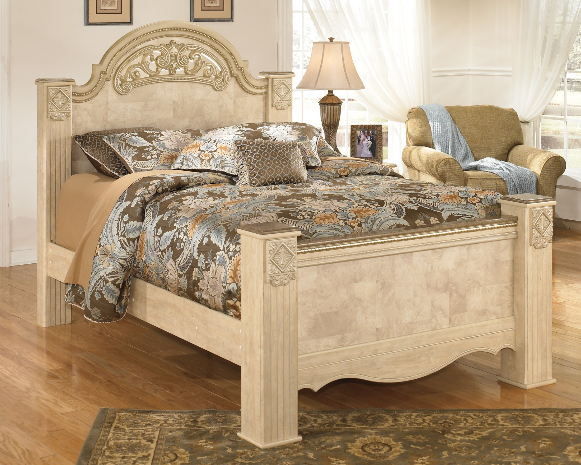Saveaha Poster Bedroom Set From Ashley B346 67 64 98 Coleman Furniture