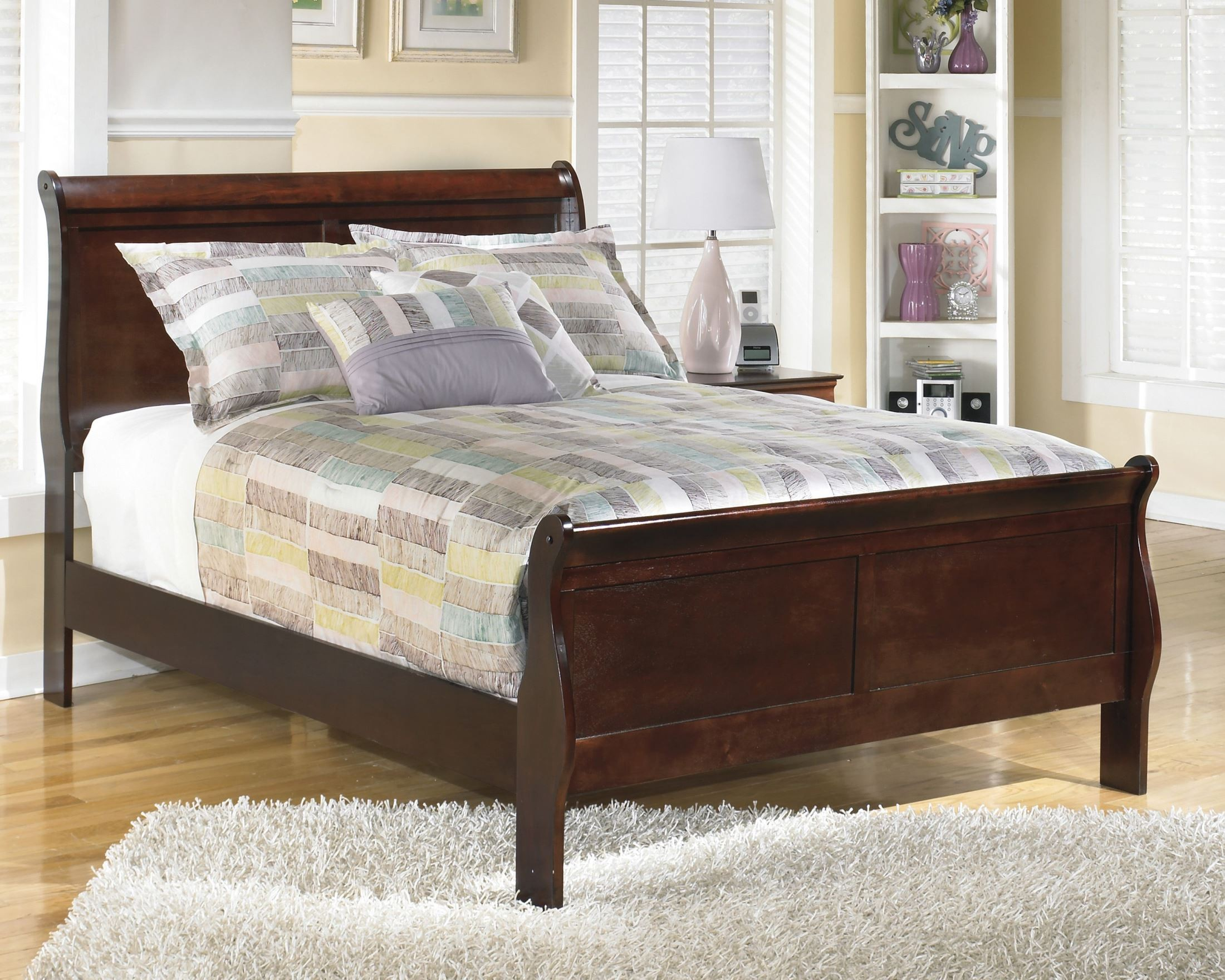 Alisdair Queen Sleigh Bed From Ashley B376 81 96