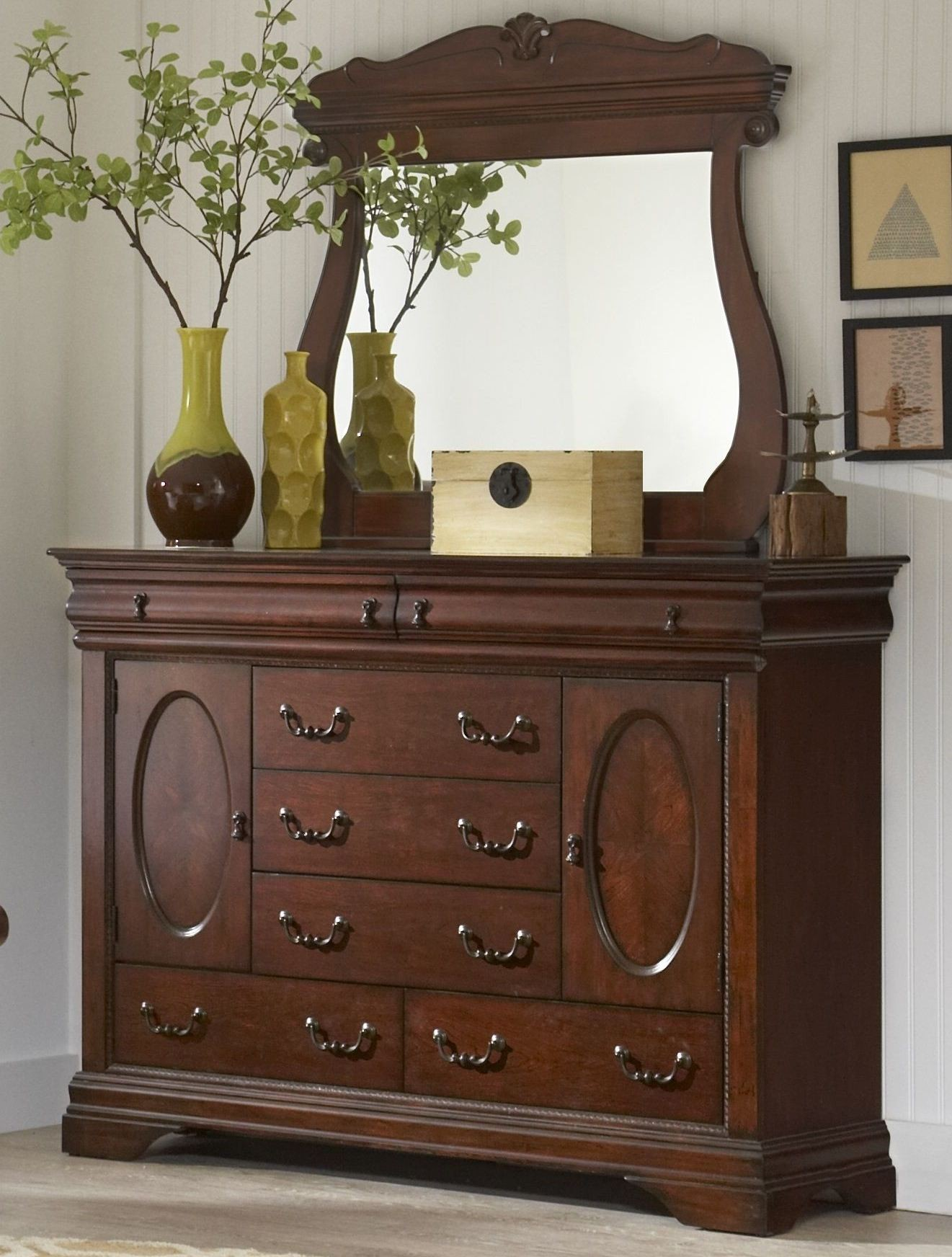 Chateau Vintage Cherry Sleigh Bedroom Set From Largo