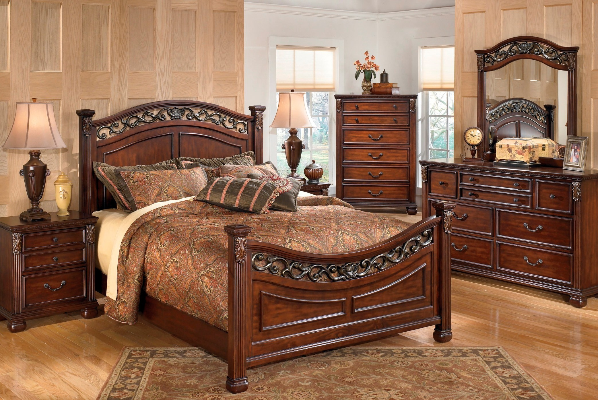 Leahlyn Panel Bedroom Set From Ashley B526 57 54 96