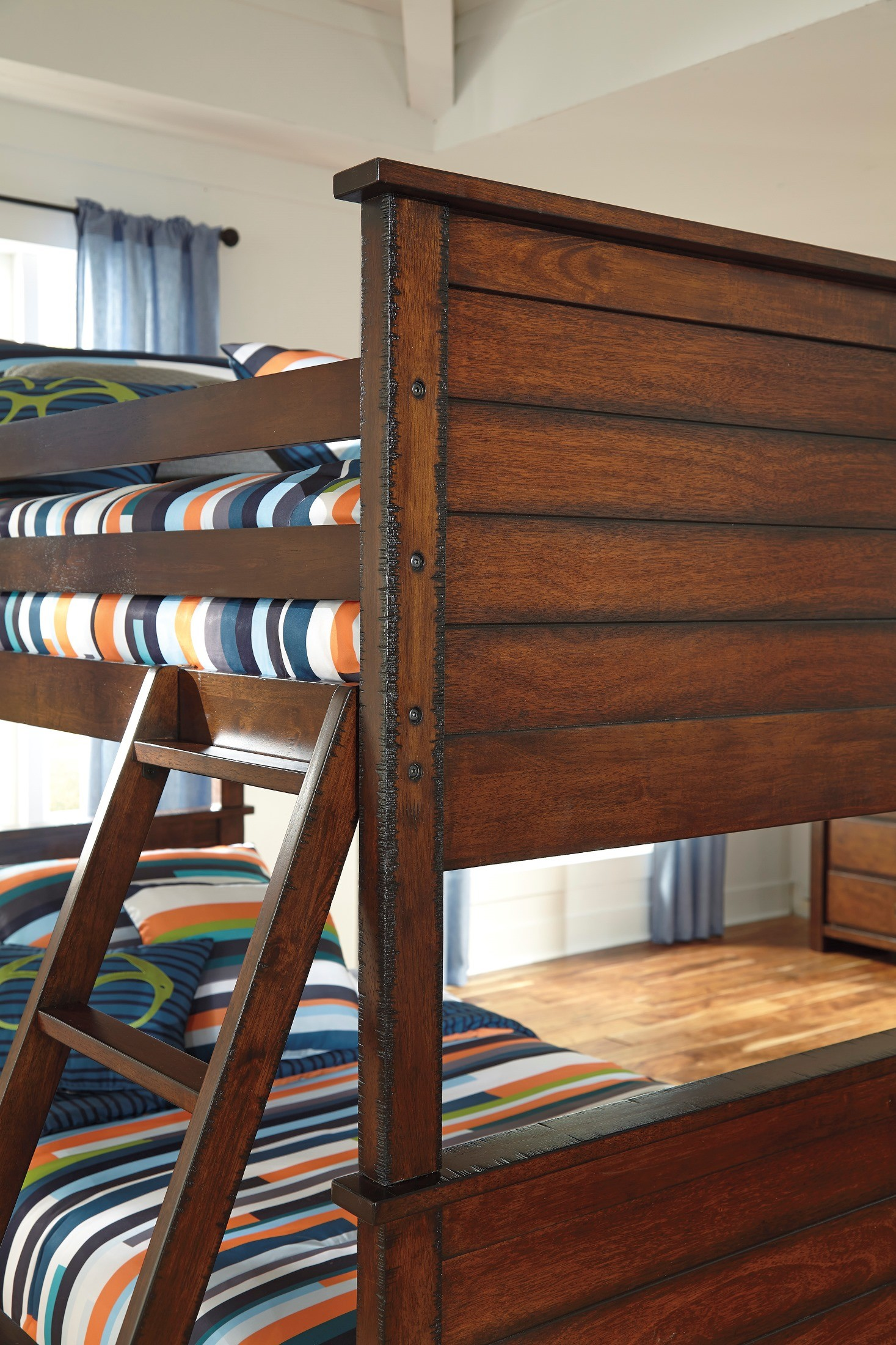 Ladiville Twin Over Twin Bunk Bed From Ashley B567 59p 59r 59s Coleman Furniture
