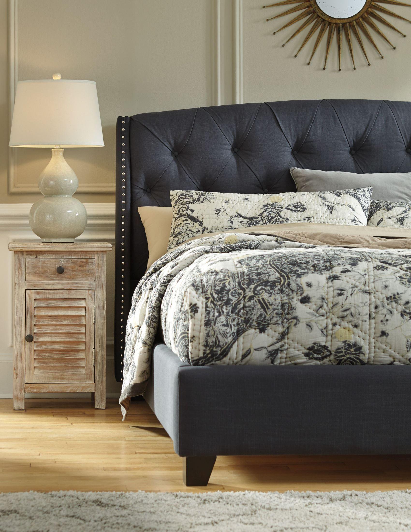 Kasidon Dark Gray Cal King Upholstered Platform Bed From
