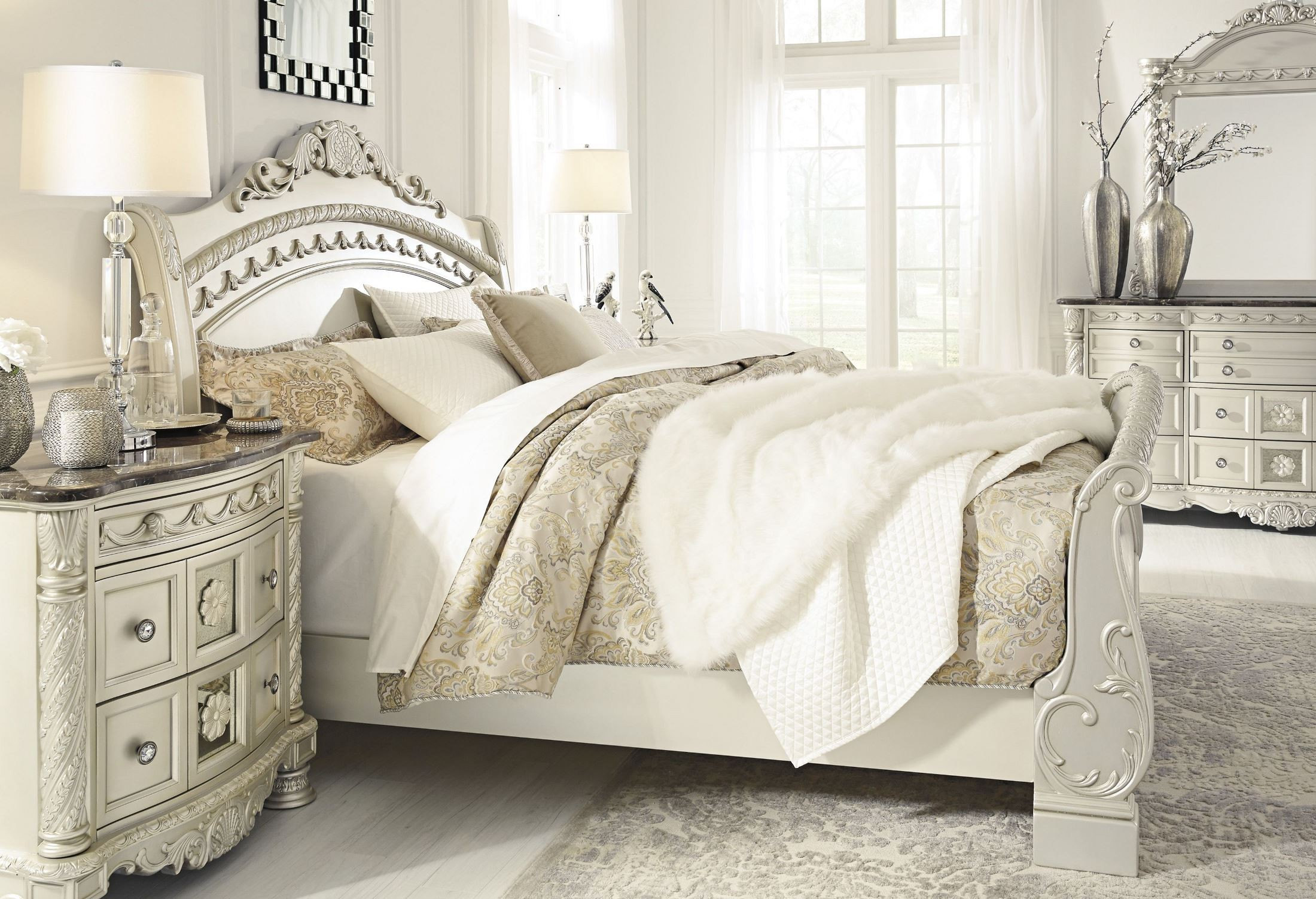 cassimore north shore pearl silver queen sleigh bed from ashley coleman furniture. Black Bedroom Furniture Sets. Home Design Ideas