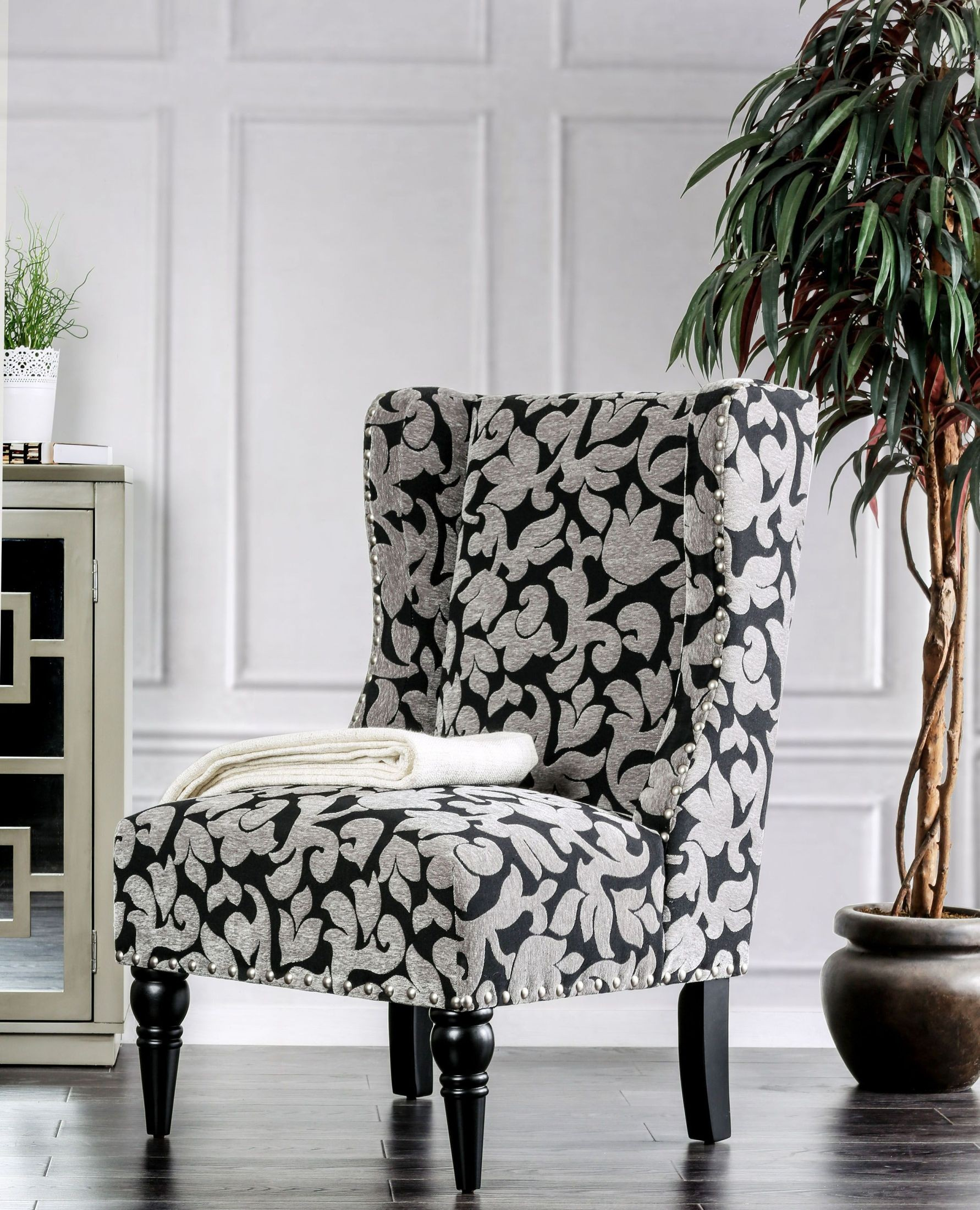 Liz Black Accent Chair From Furniture Of America Coleman