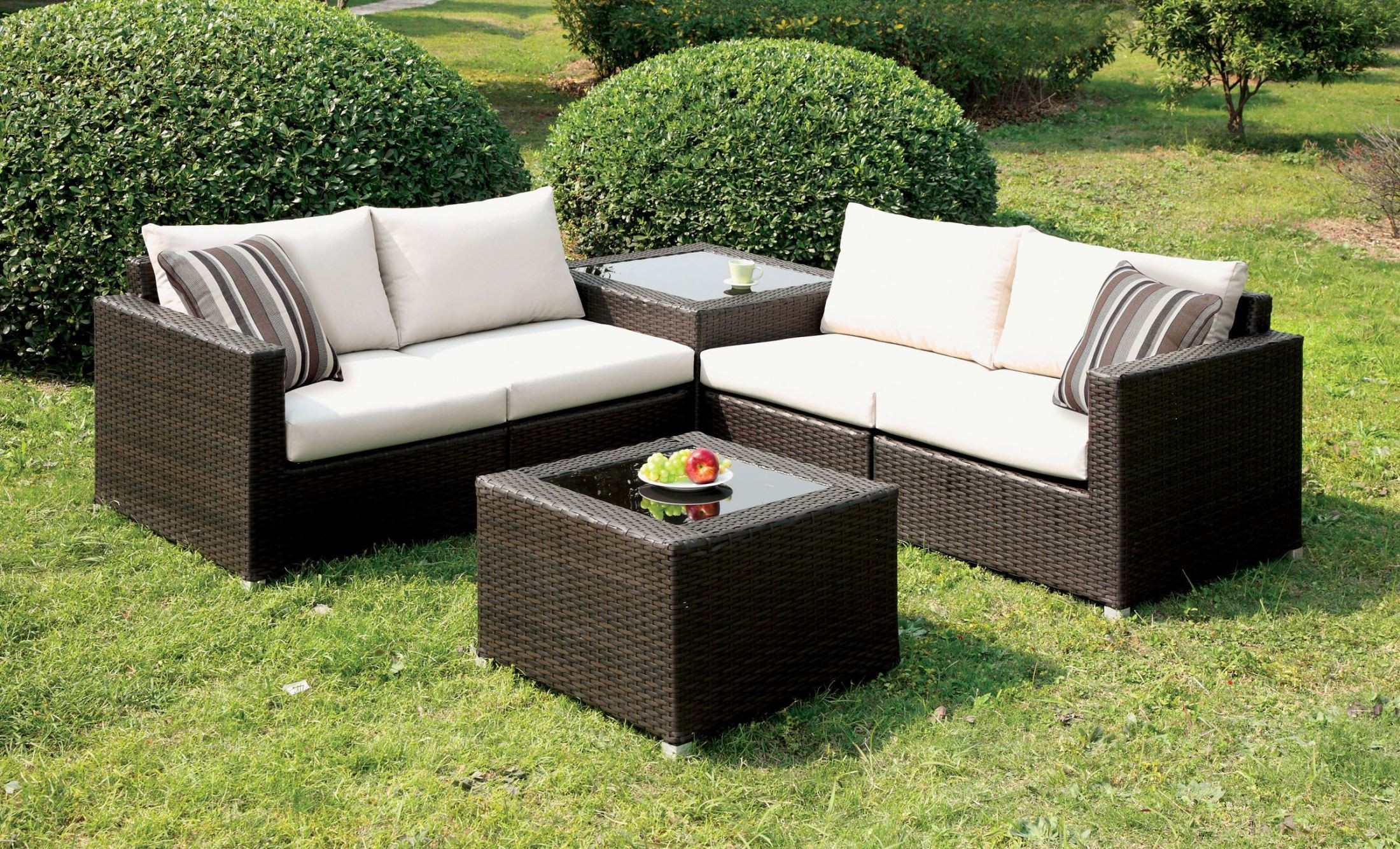 Alago Ivory Patio Sectional Set From Furniture Of America
