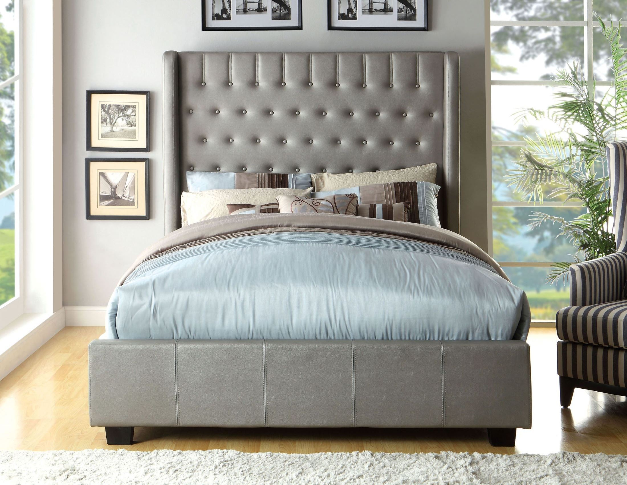 Mira Silvers King Platform Bed From Furniture Of America