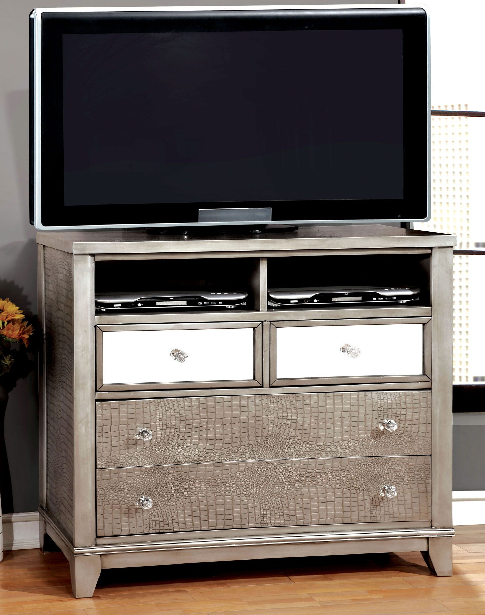 Bryant Silver Crocodile Leatherette Bedroom Set from Furniture of ...