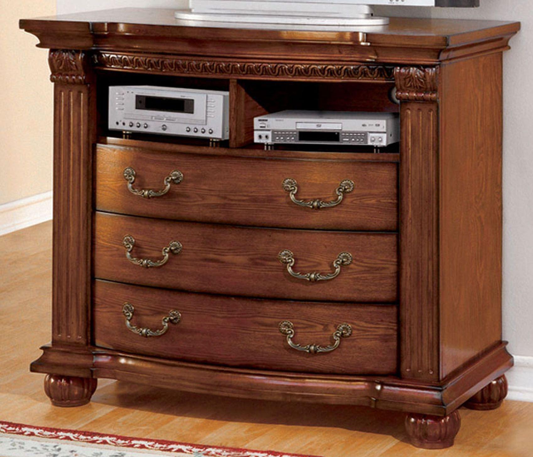 Bellagrand Antique Tobacco Oak Bedroom Set From Furniture