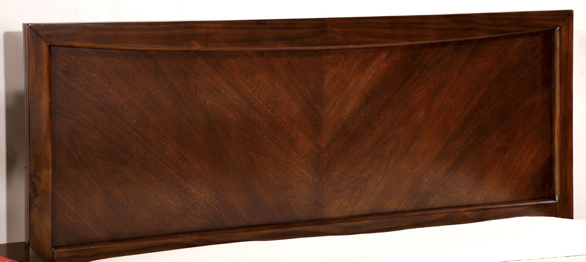 Snyder Brown Cherry Panel Bedroom Set Furniture Of America