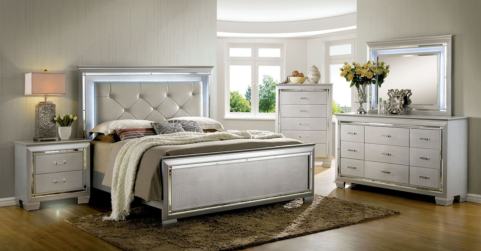 Bellanova silver upholstered panel bedroom set from for Furniture of america dallas texas