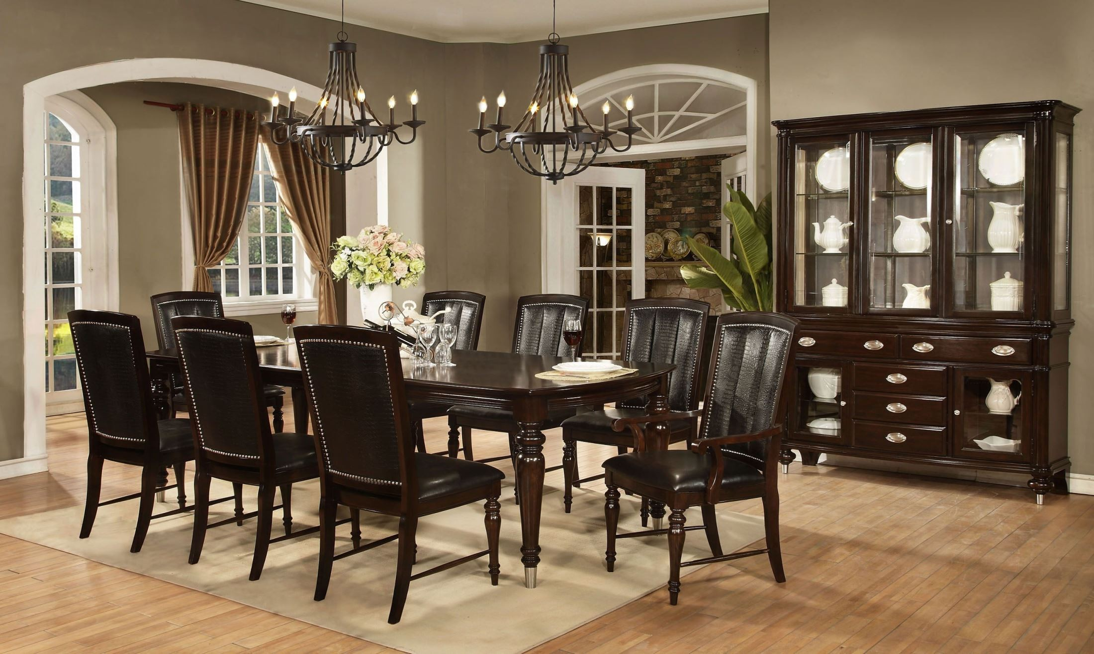 Dundee Place Cherry Rectangular Dining Room Set From