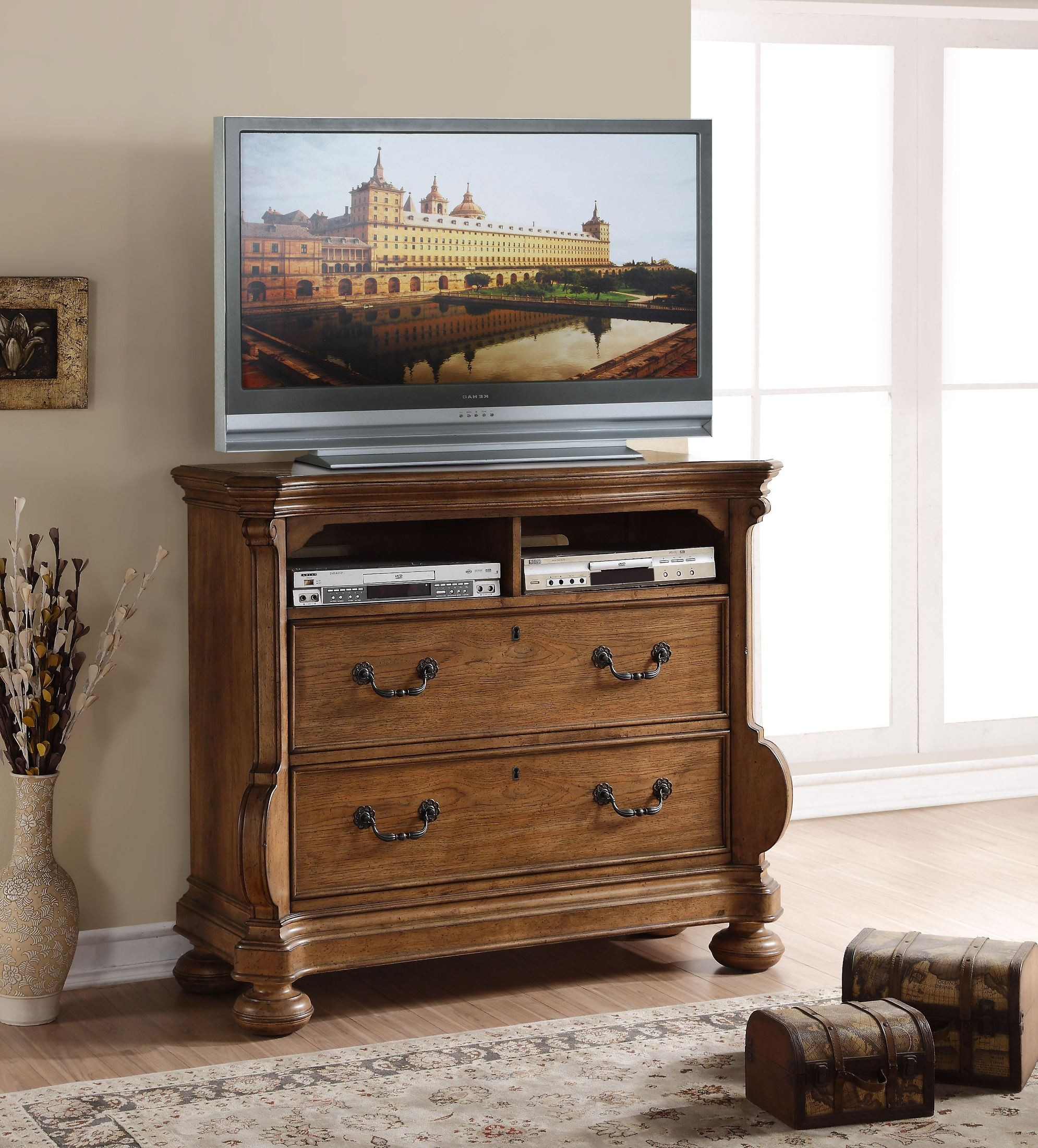 Belle Meade Sunkissed Pecan Panel Bedroom Set From American Woodcrafters Coleman Furniture