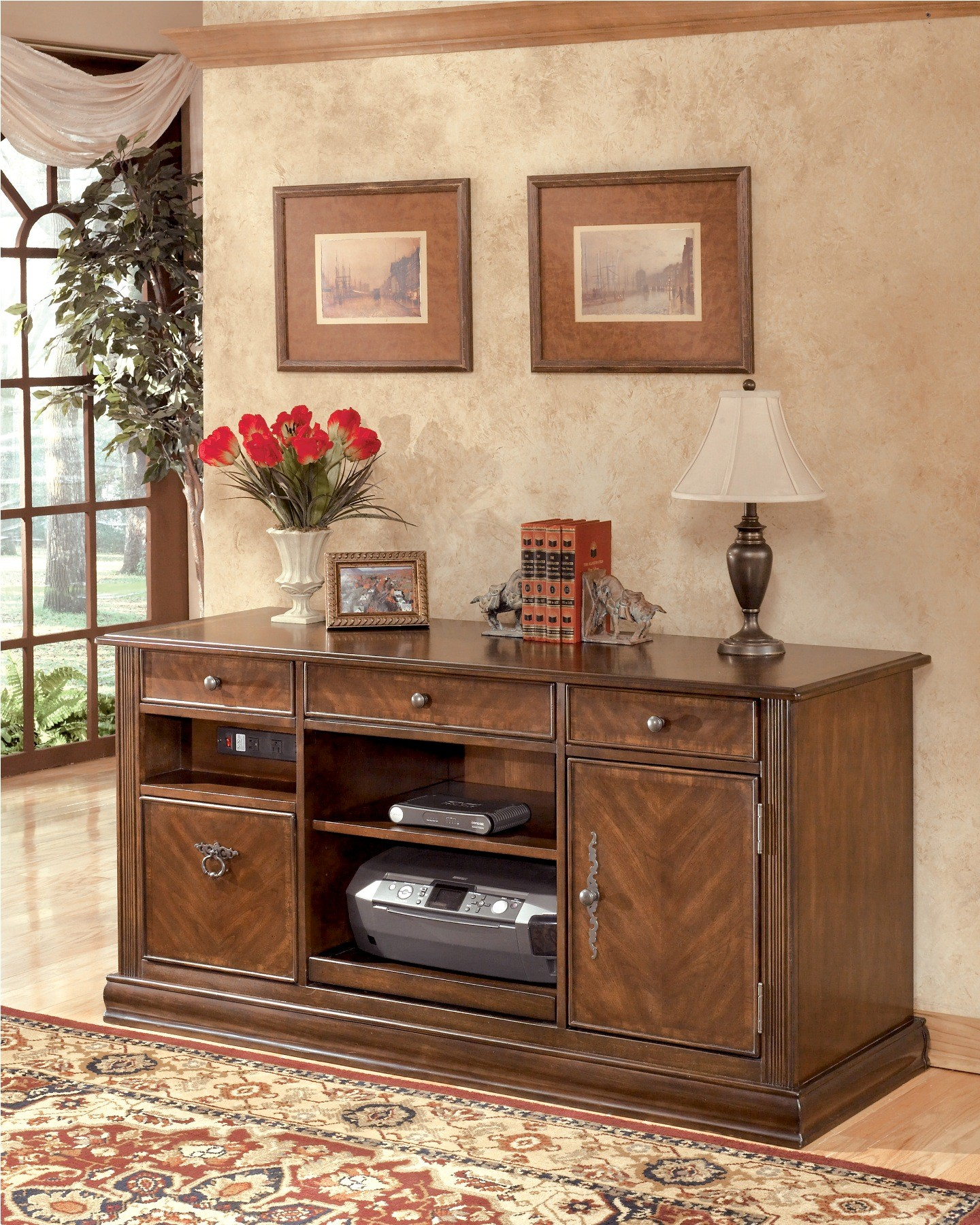 Ashley Furniture Bloomington Illinois Photos Reviews: Hamlyn Large Credenza From Ashley (H527-46)