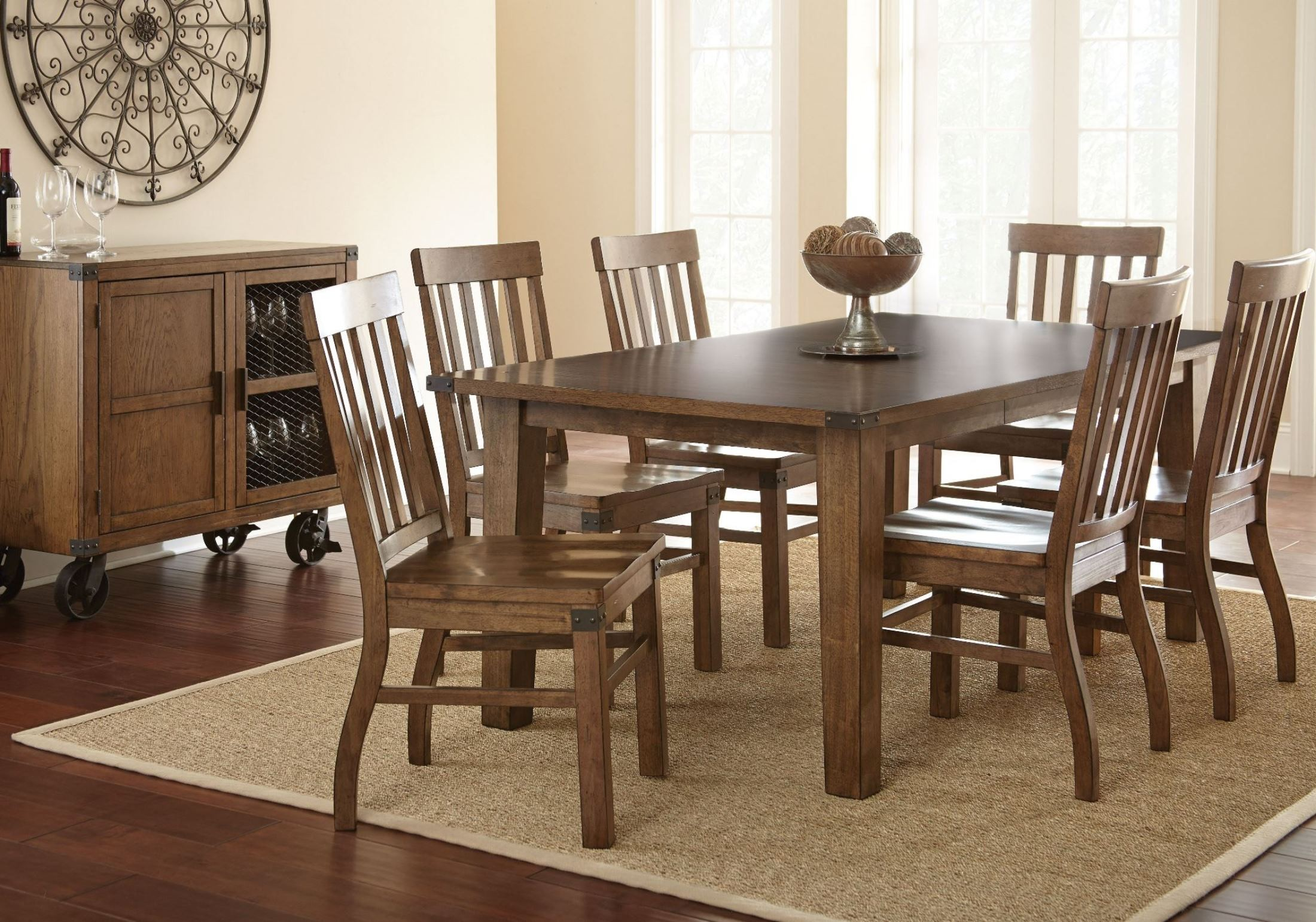 Hailee antique oak extendable rectangular dining room set for Pictures of antique dining room sets
