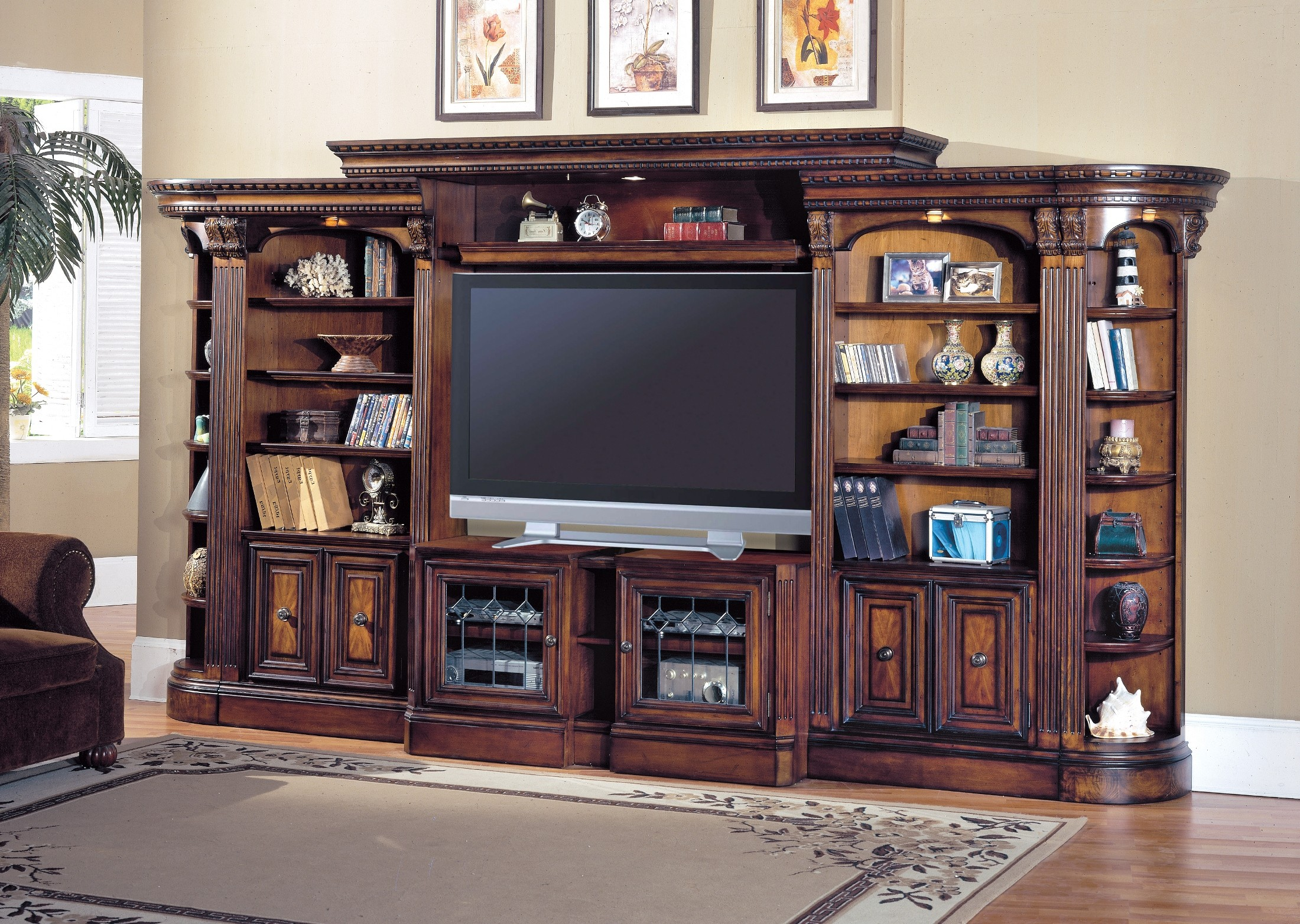 Huntington Large Exp Entertainment Wall Unit From Parker