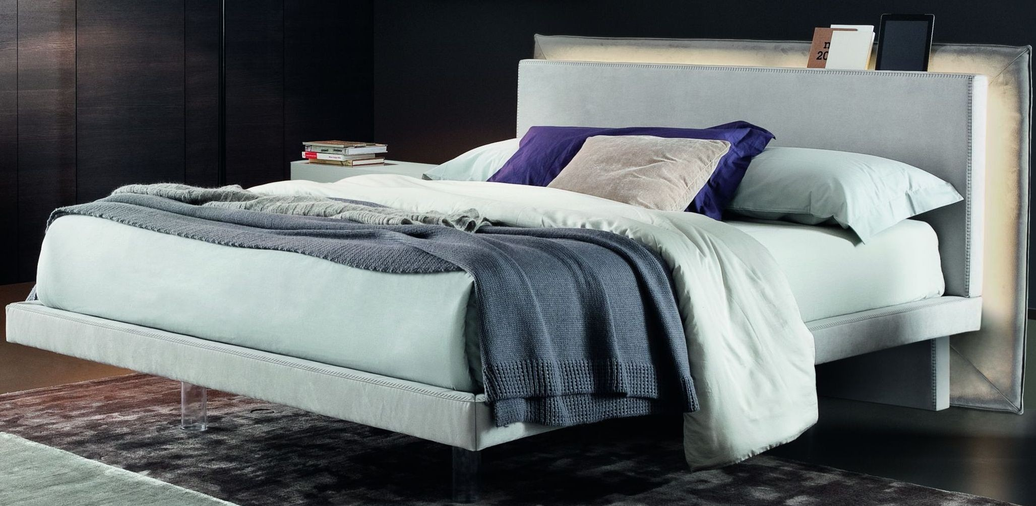 Libriamo Ghiaccio Nabuk Grey King Platform Bed