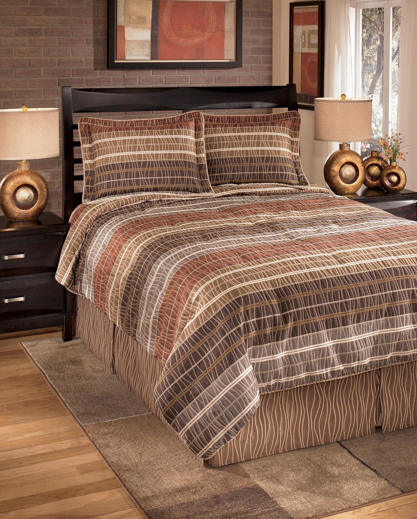 Wavelength Jewel Queen Bedding Set From Ashley Q033004q