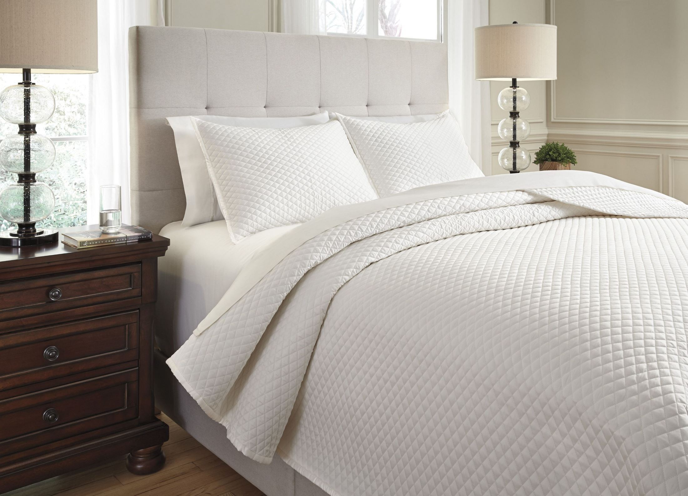 Dietrick ivory king quilt set from ashley coleman furniture for Furniture 7 days to die