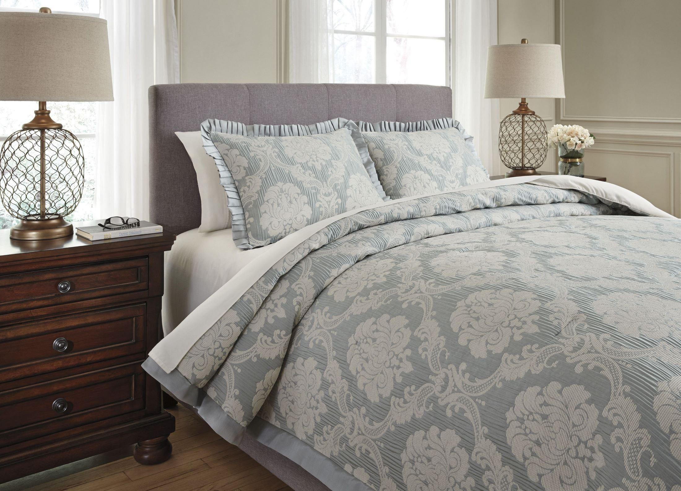 Joisse Sage Queen Comforter Set From Ashley Coleman
