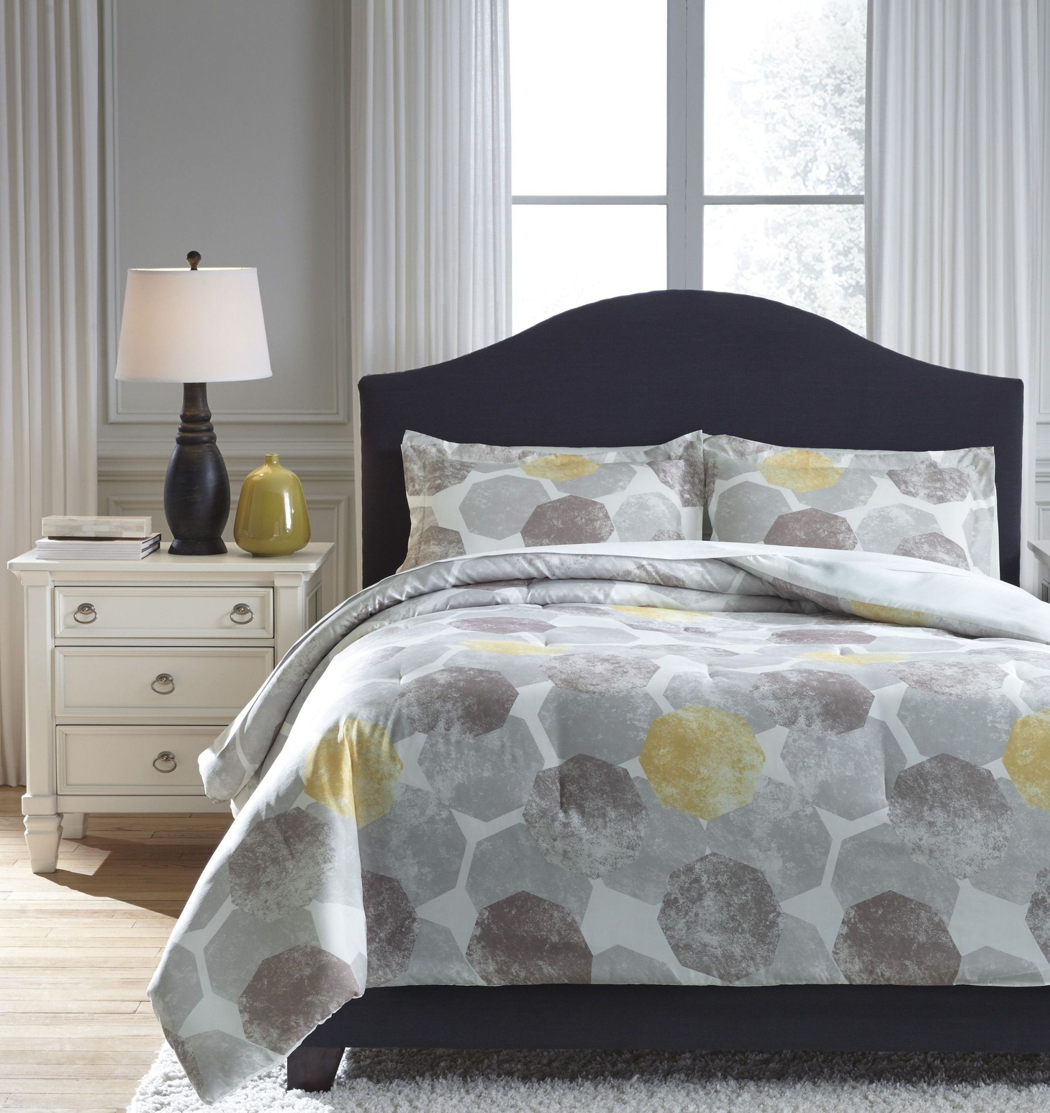 Gastonia Gray And Yellow King Comforter Set From Ashley