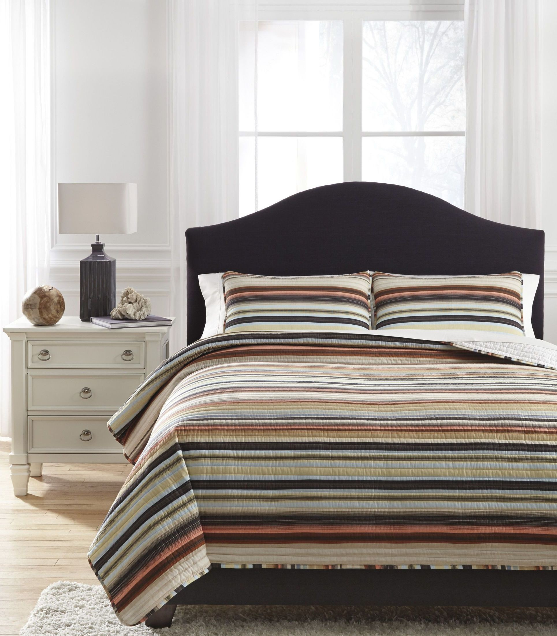 Wiley Multi Queen Quilt Set From Ashley Coleman Furniture