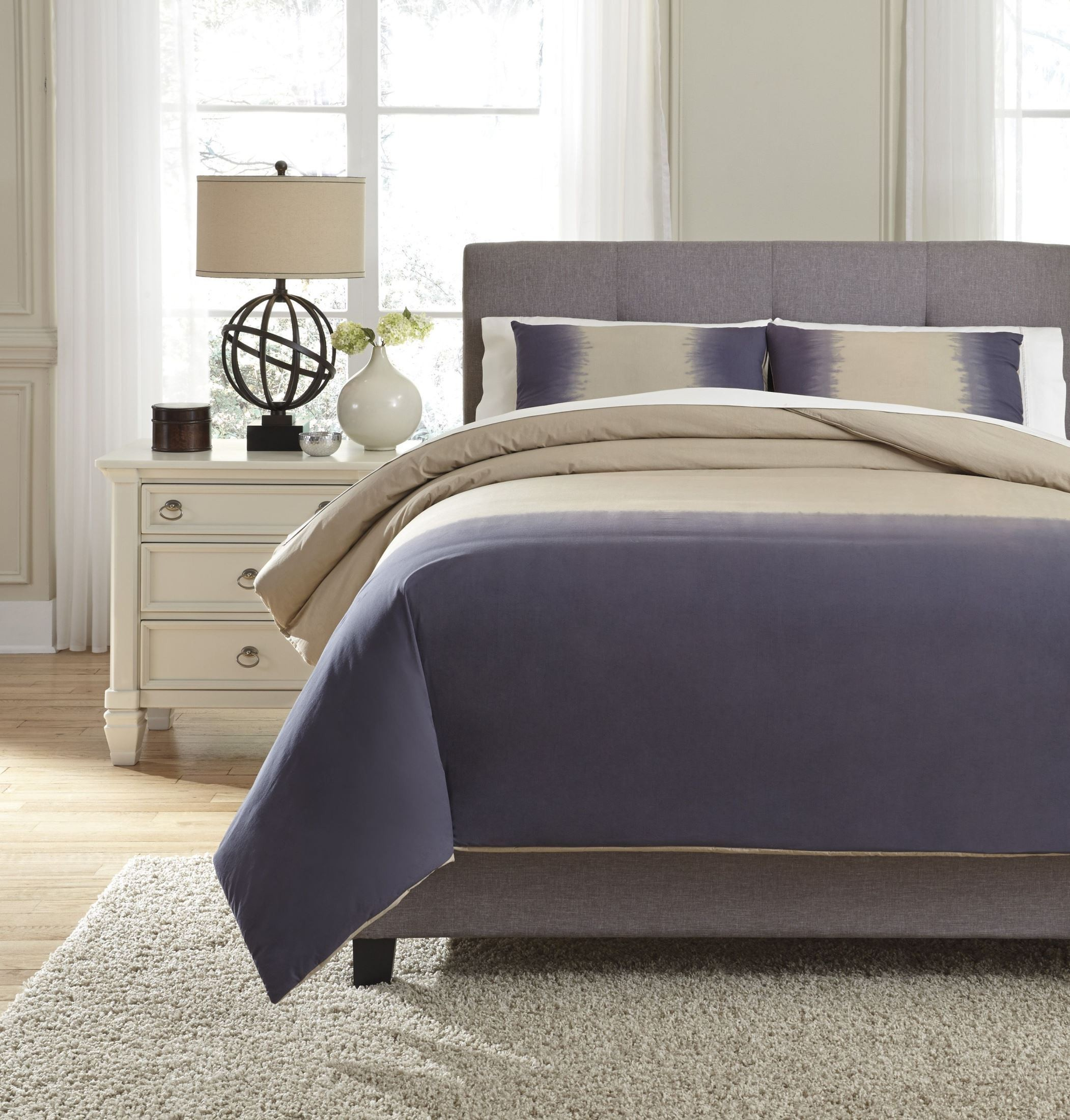 Brandon Indigo Queen Comforter Set, Q404003Q, Ashley