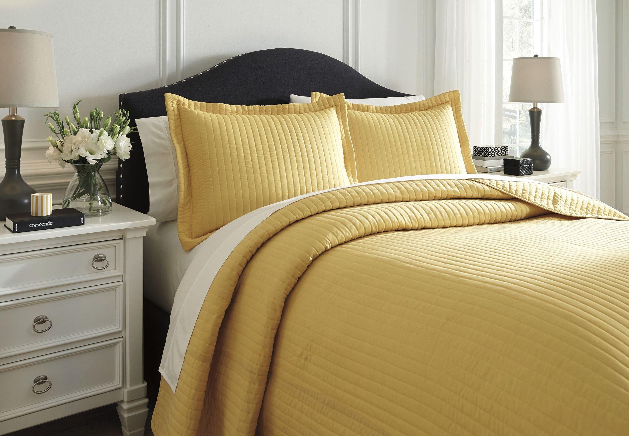 Raleda Yellow Queen Comforter Set From Ashley (Q494003Q